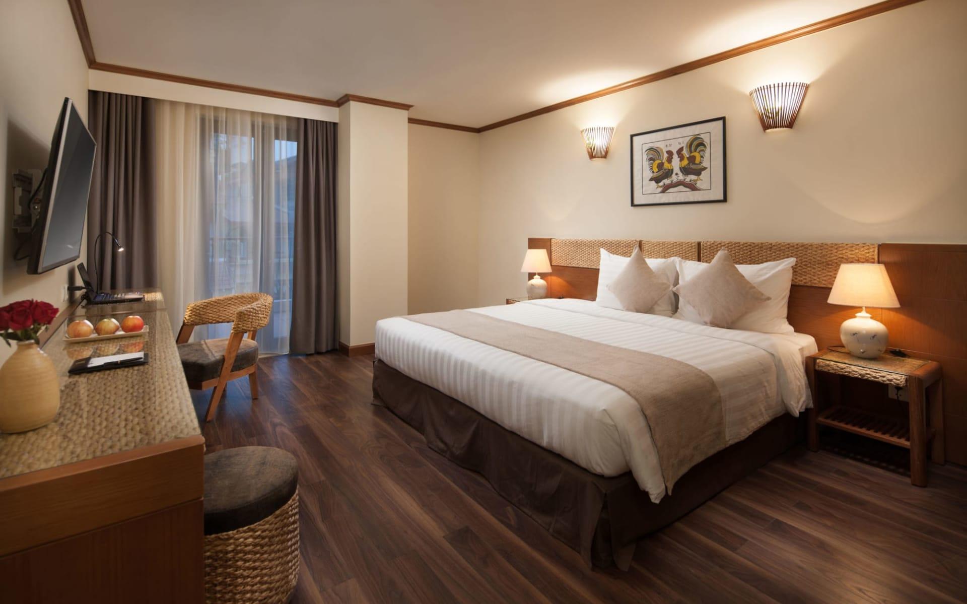 MK Premier Boutique Hotel in Hanoi: Balcony Luxury
