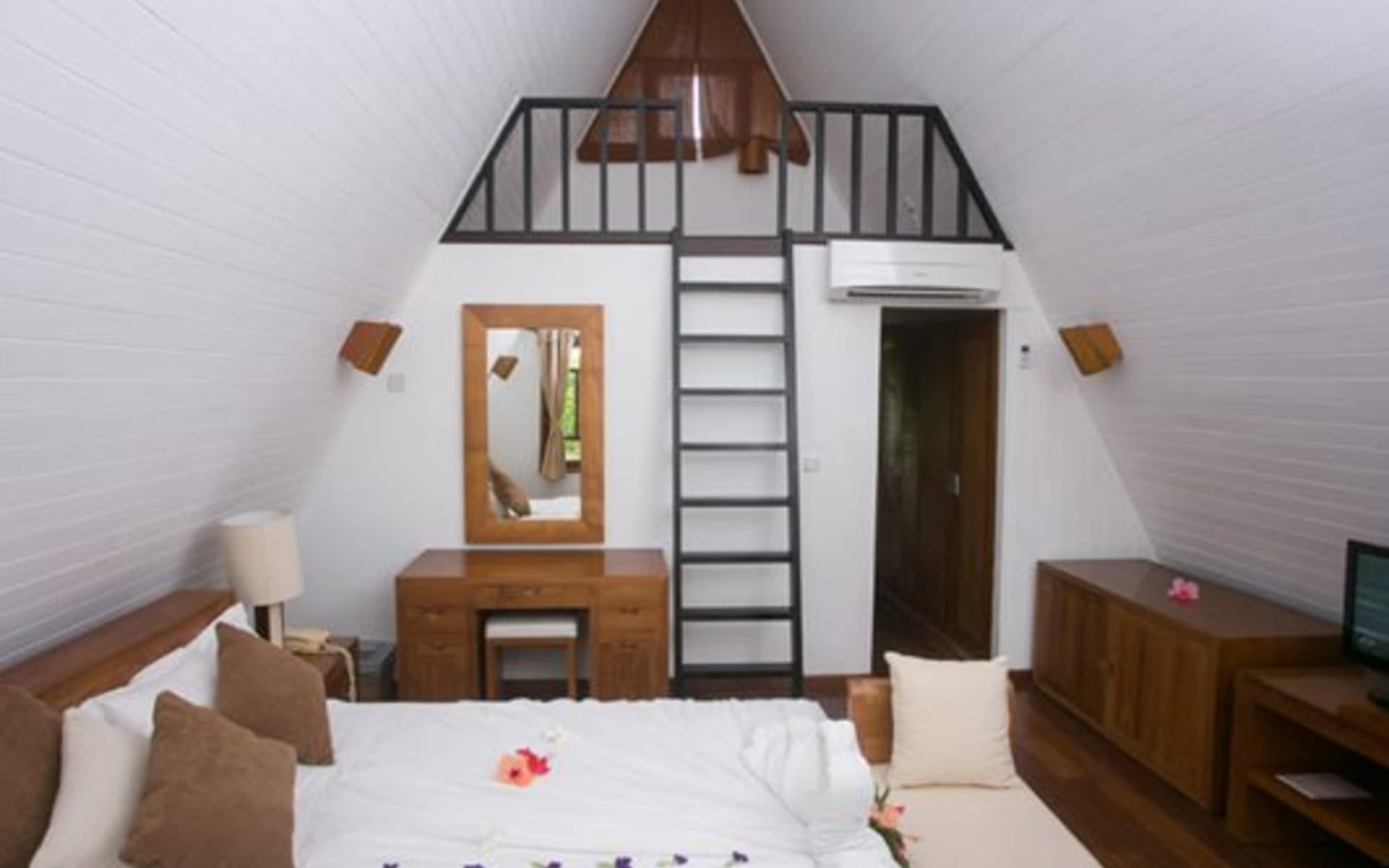 La Digue Island Lodge:  Beach Chalet