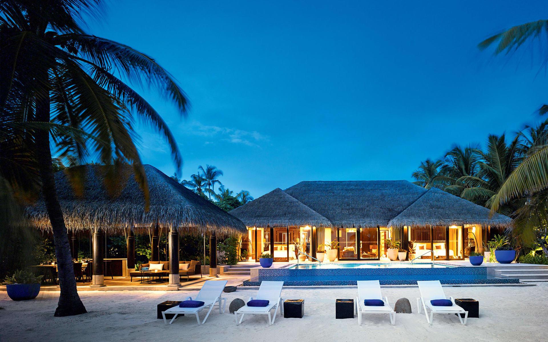 Velaa Private Island in Noonu-Atoll:  Beach Pool House