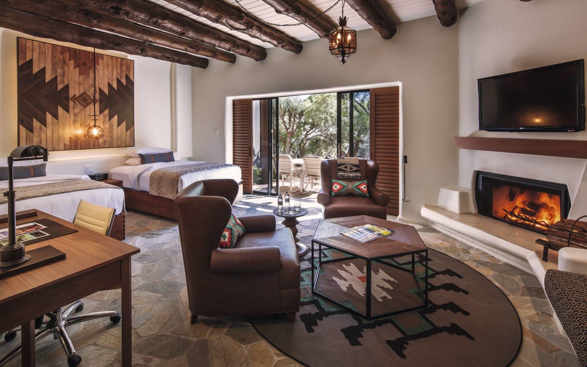 Boulders Resort & Spa in Scottsdale:  Boulders Resort_TwoQueenGuestRoom_Hilton