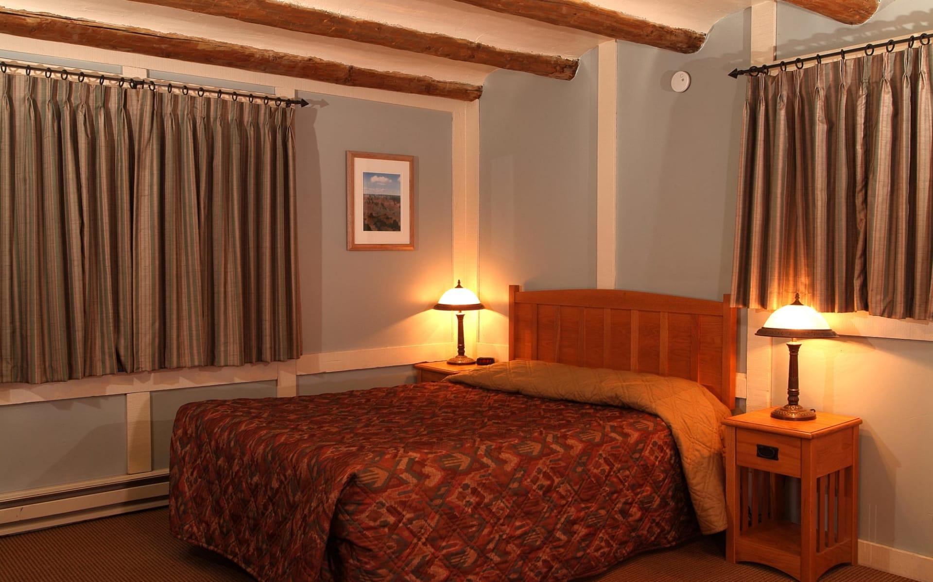 Bright Angel Lodge in Grand Canyon Nationalpark: Bright Angel - GCSR BA Cabin B