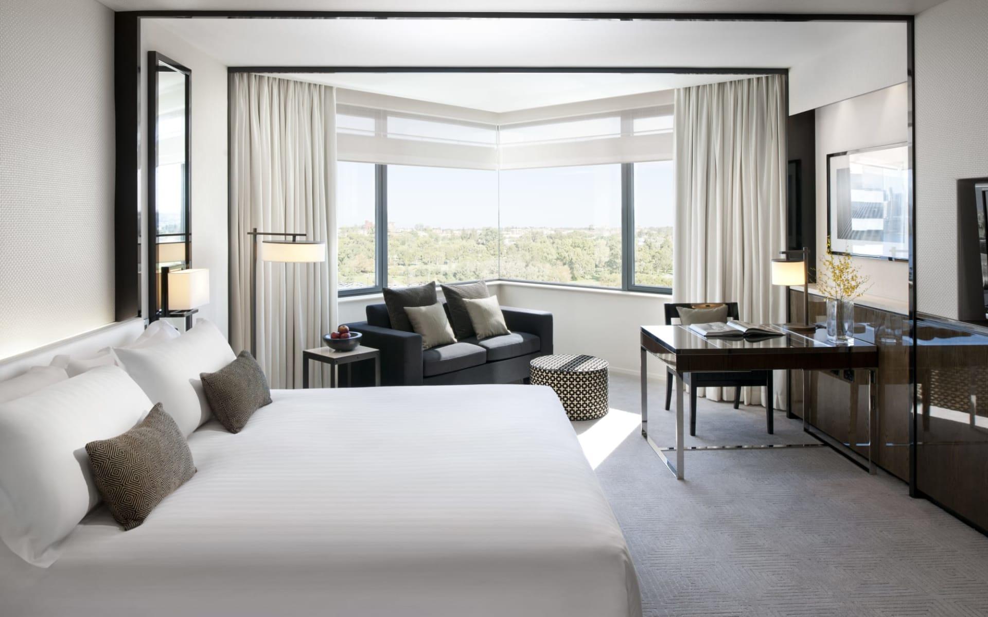 Crown Metropol Perth in Perth - Burswood: Crown Metropol Hotel Perth Western Australia  Australien  Luxe King Room  2018