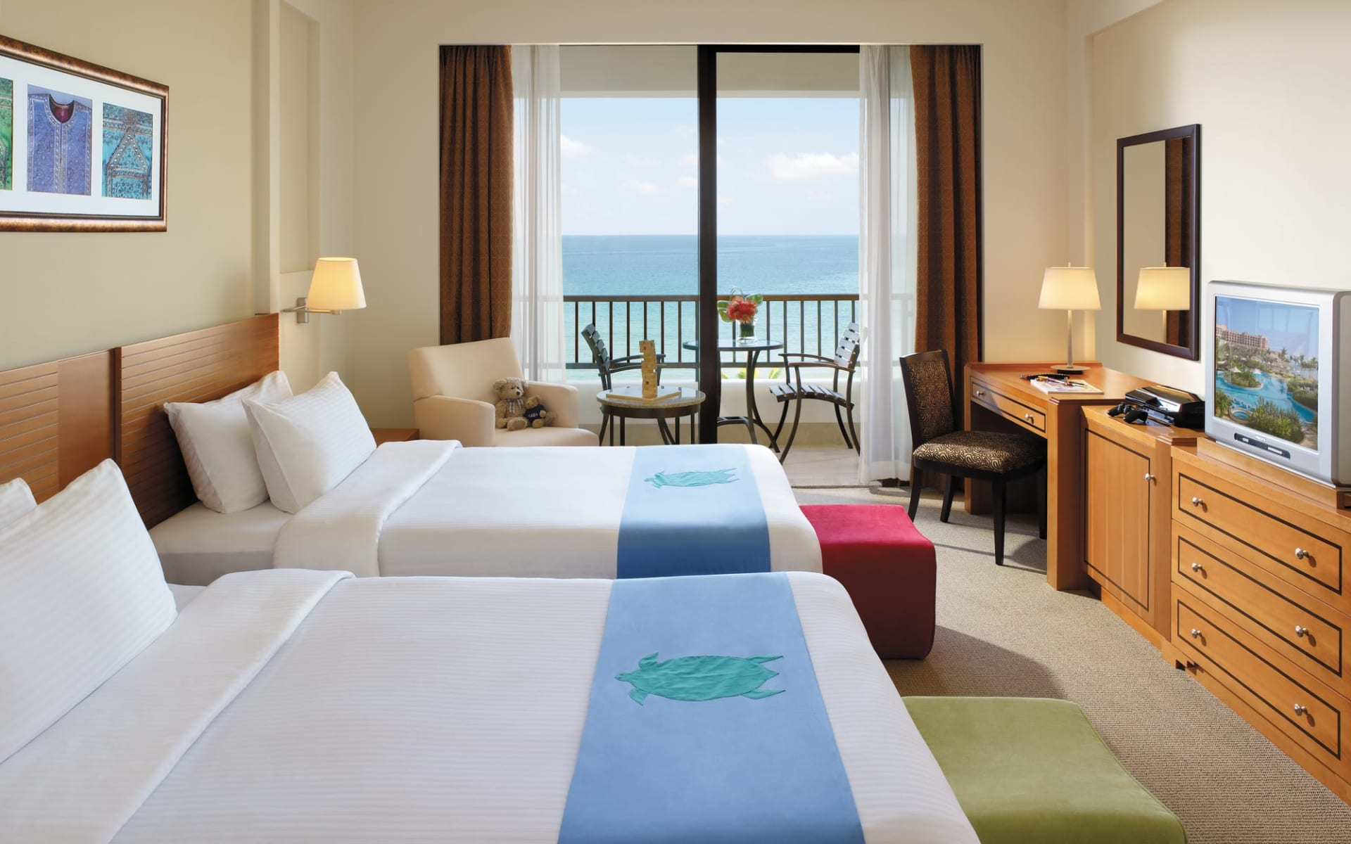 Al Waha (Shangri-La's Barr al Jissah Resort & Spa) in Muscat:  Family