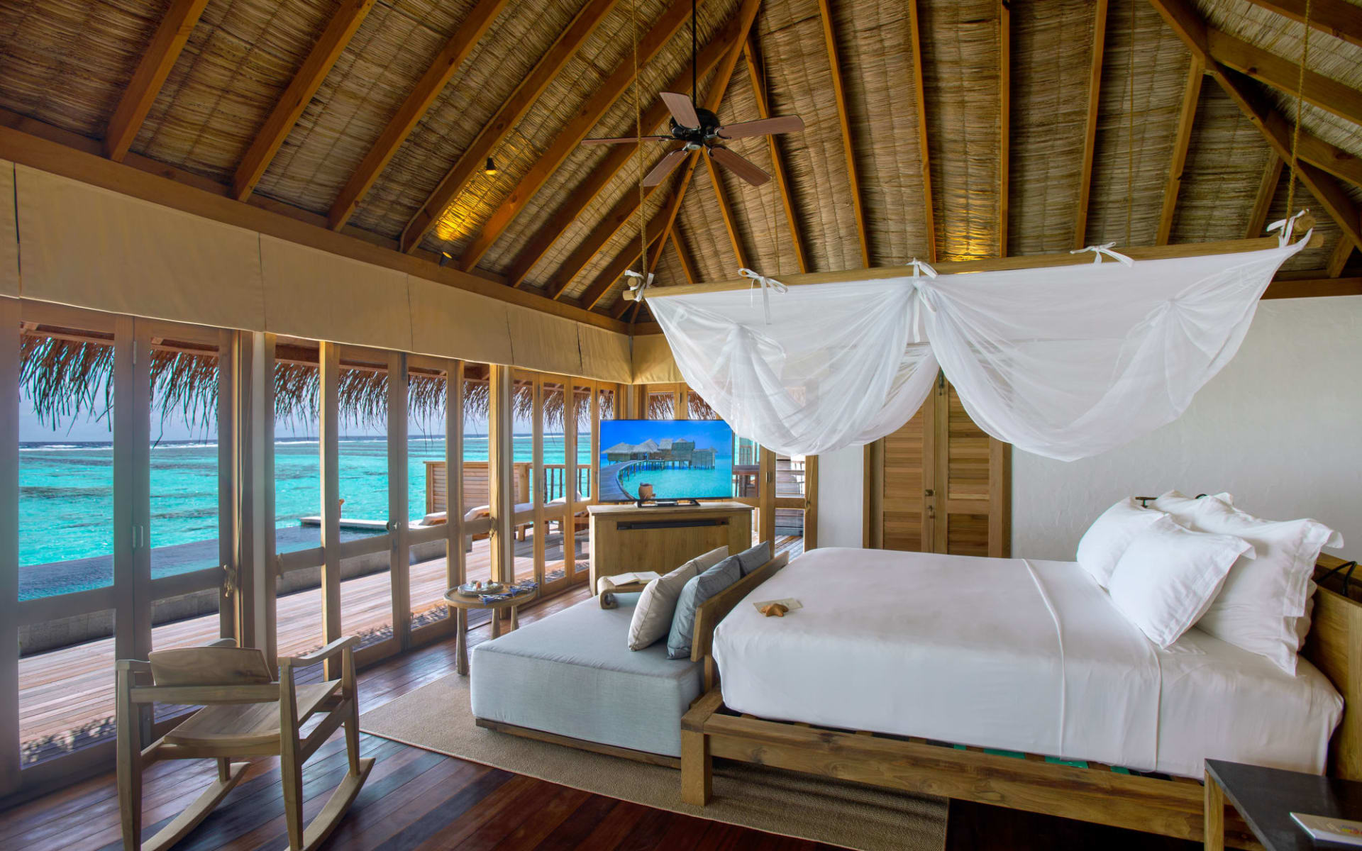 Gili Lankanfushi Maldives in Nordmale-Atoll:  Family Villa Pool