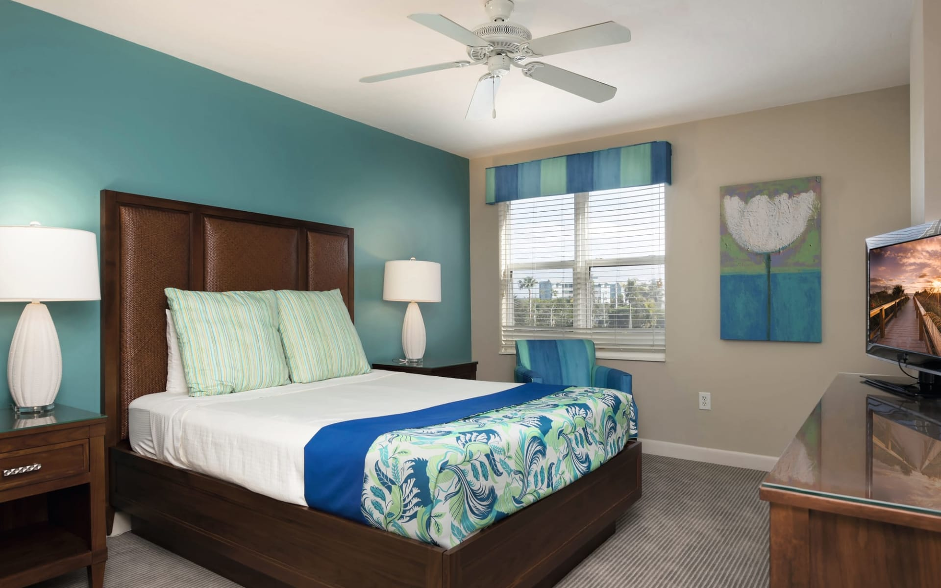 Gullwing Beach Resort in Fort Myers:  Gullwing Beach Resort - 1-Bedroom Suite