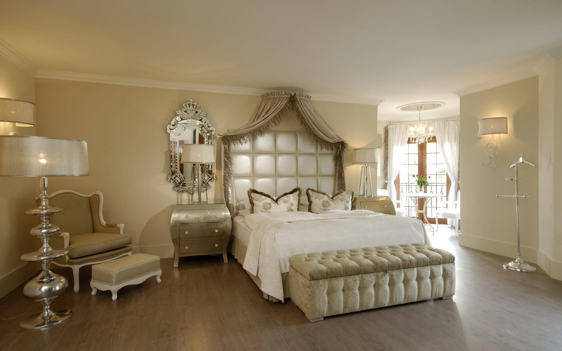 Hotel Heinitzburg in Windhoek Stadt:  Heinitzburg Hotel - Zimmer mit Bett