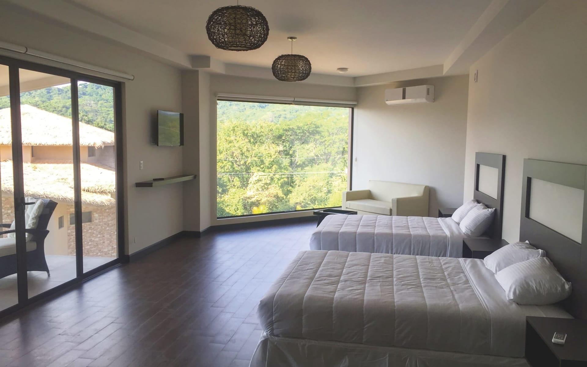 Nammbú Beachfront Bungalows in Playa Carillo:  Nammbu Hotel Costa Rica - Deluxe Zimmer c Latinconnect