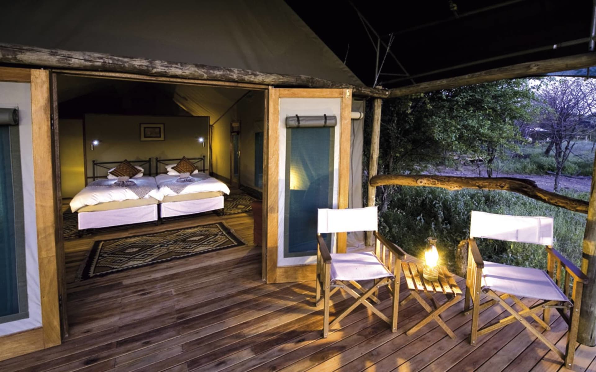 Ongava Tented Camp in Etosha Nationalpark:  ogvonglod_ongavatented