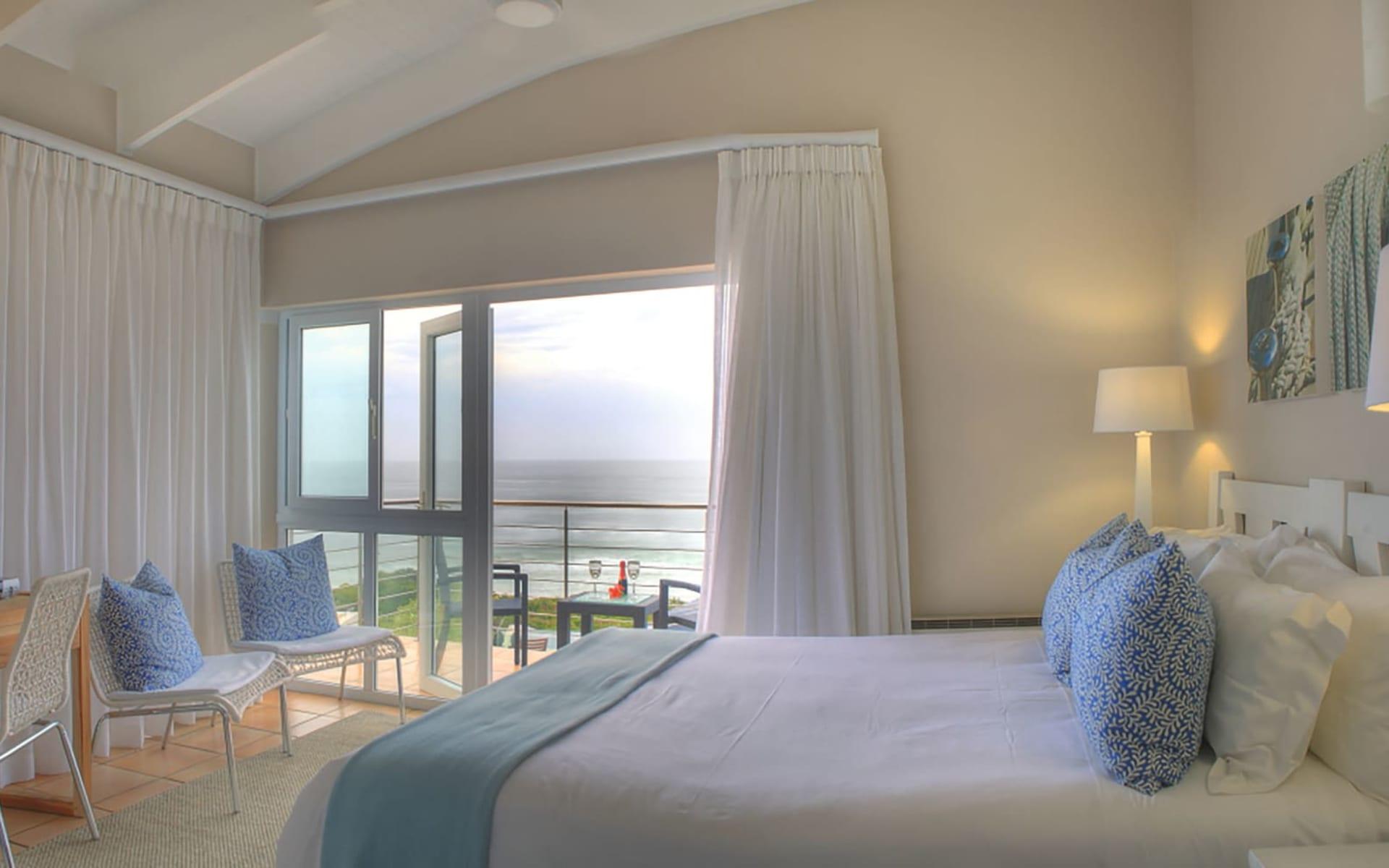 Periwinkle Guest Lodge in Plettenberg Bay:  Periwinkle Guest Lodge - Superior room
