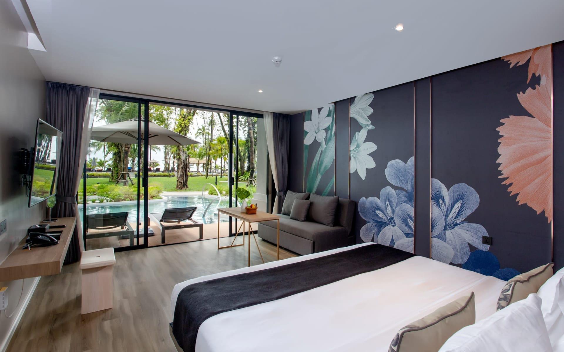 La Flora Khao Lak: Seaside Pool Access