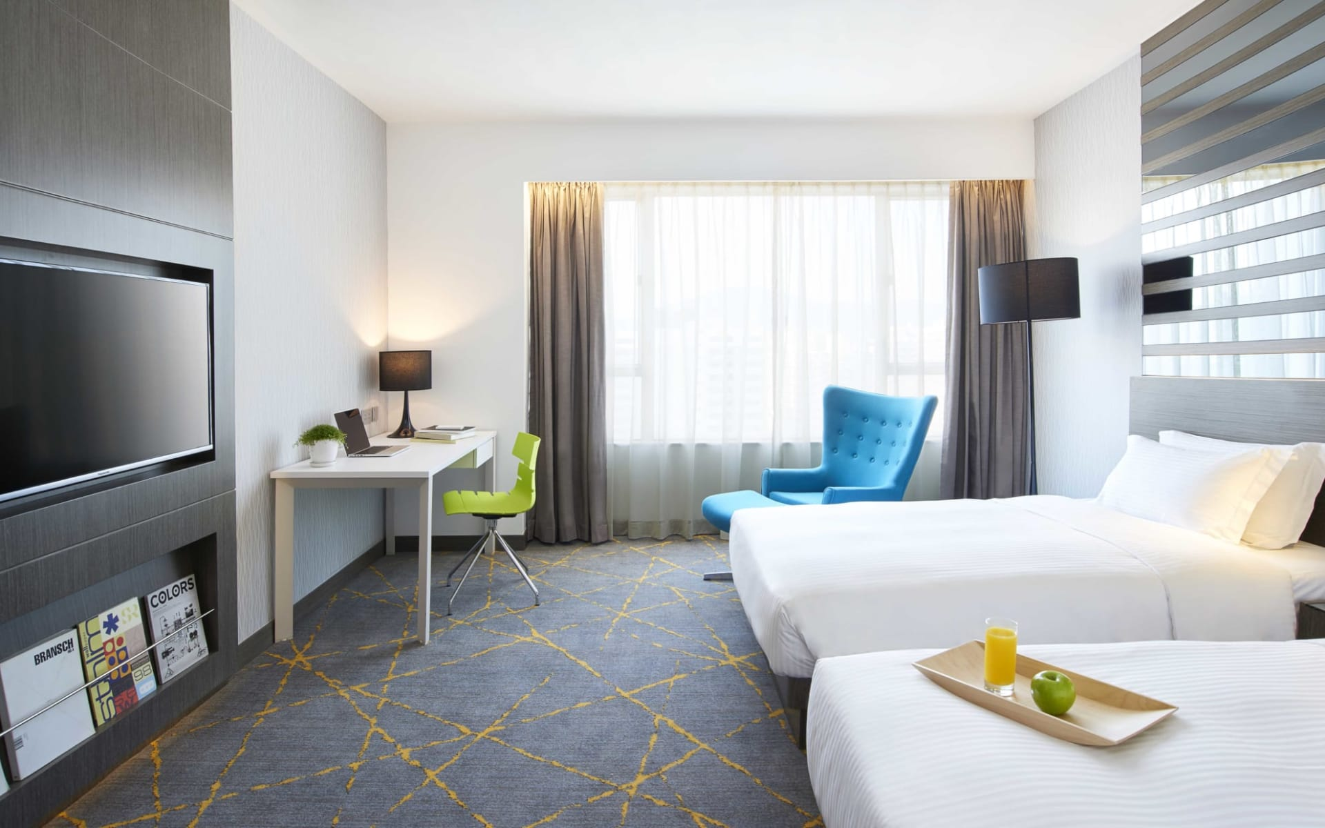 The City View Hotel in Hong Kong: Premier | Twin
