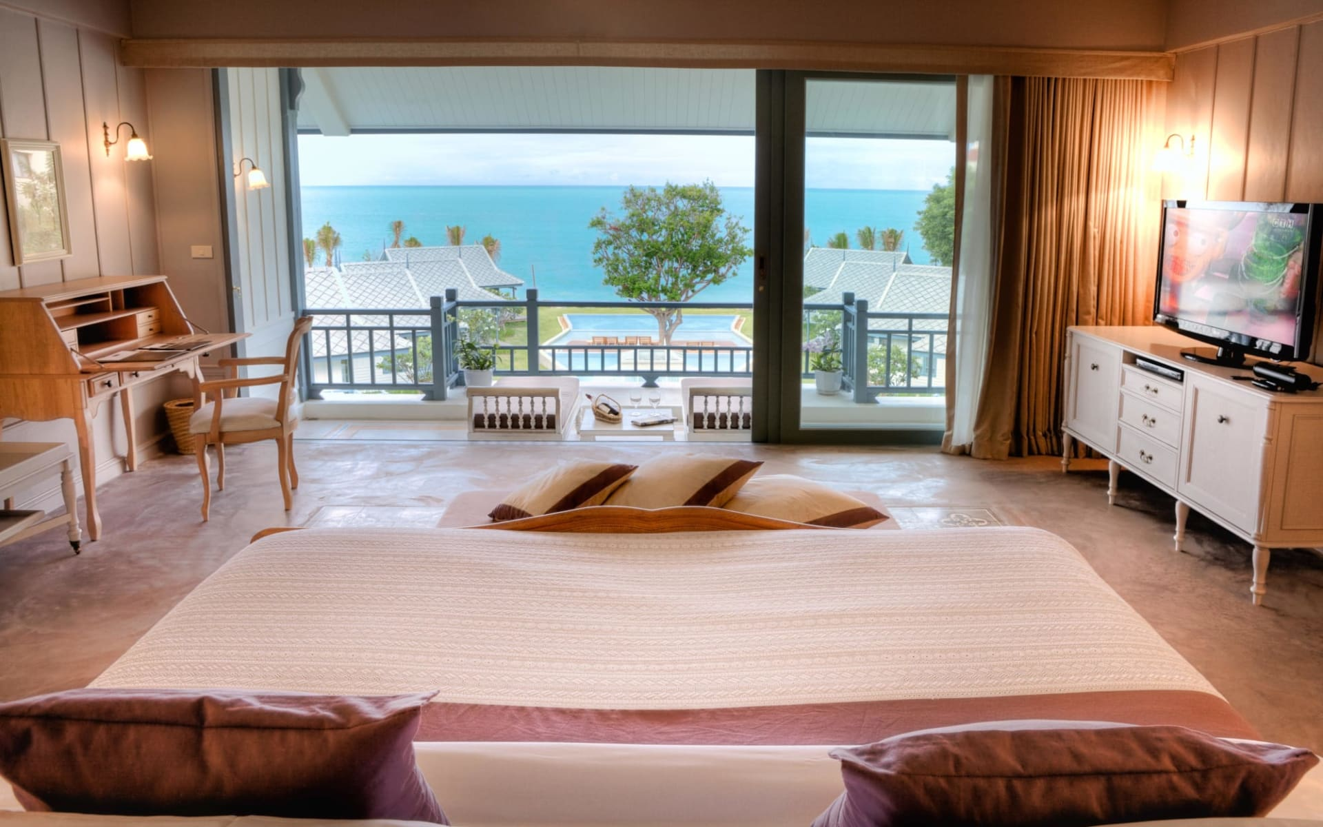 Devasom Hua Hin Resort: Seaside Suite