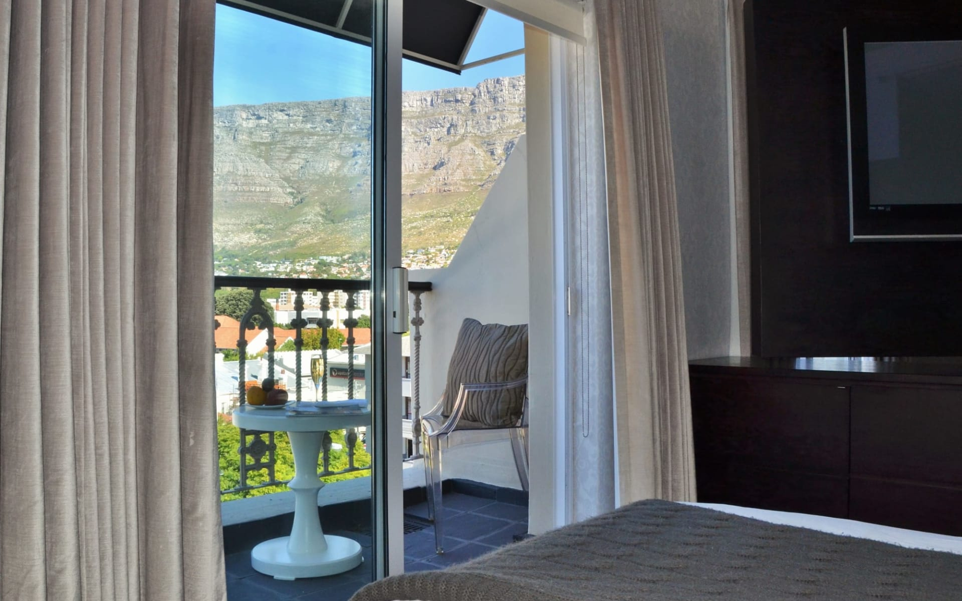 Cape Milner in Tamboerskloof:  the_cape_milner_-_room_suite_1