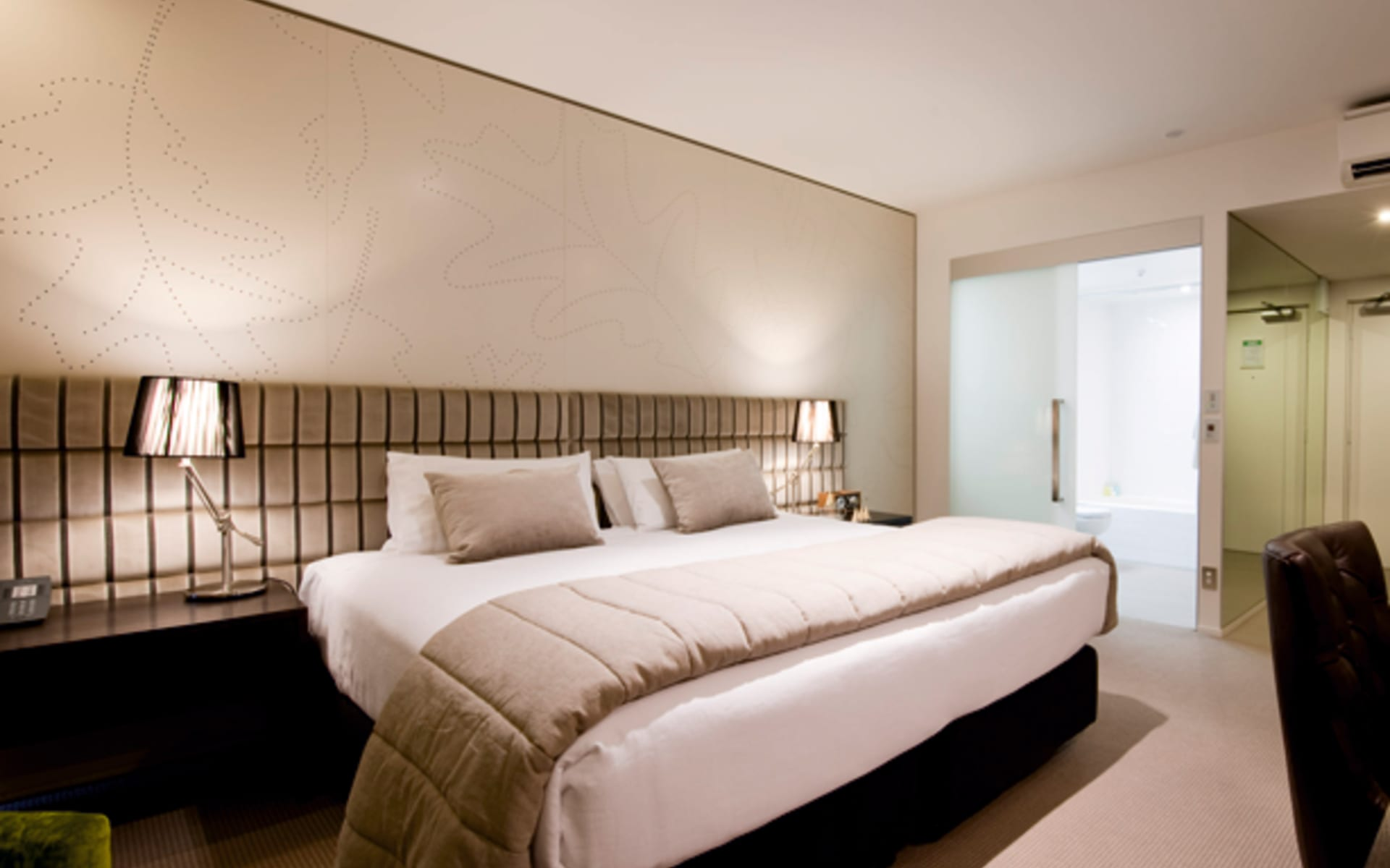 The George Hotel in Christchurch:  The George Hotel - Premium Executive Room