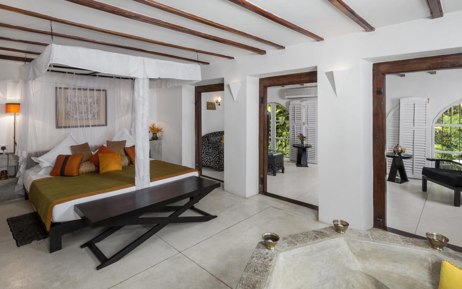 Kandy House: Ultra | Black Rajah