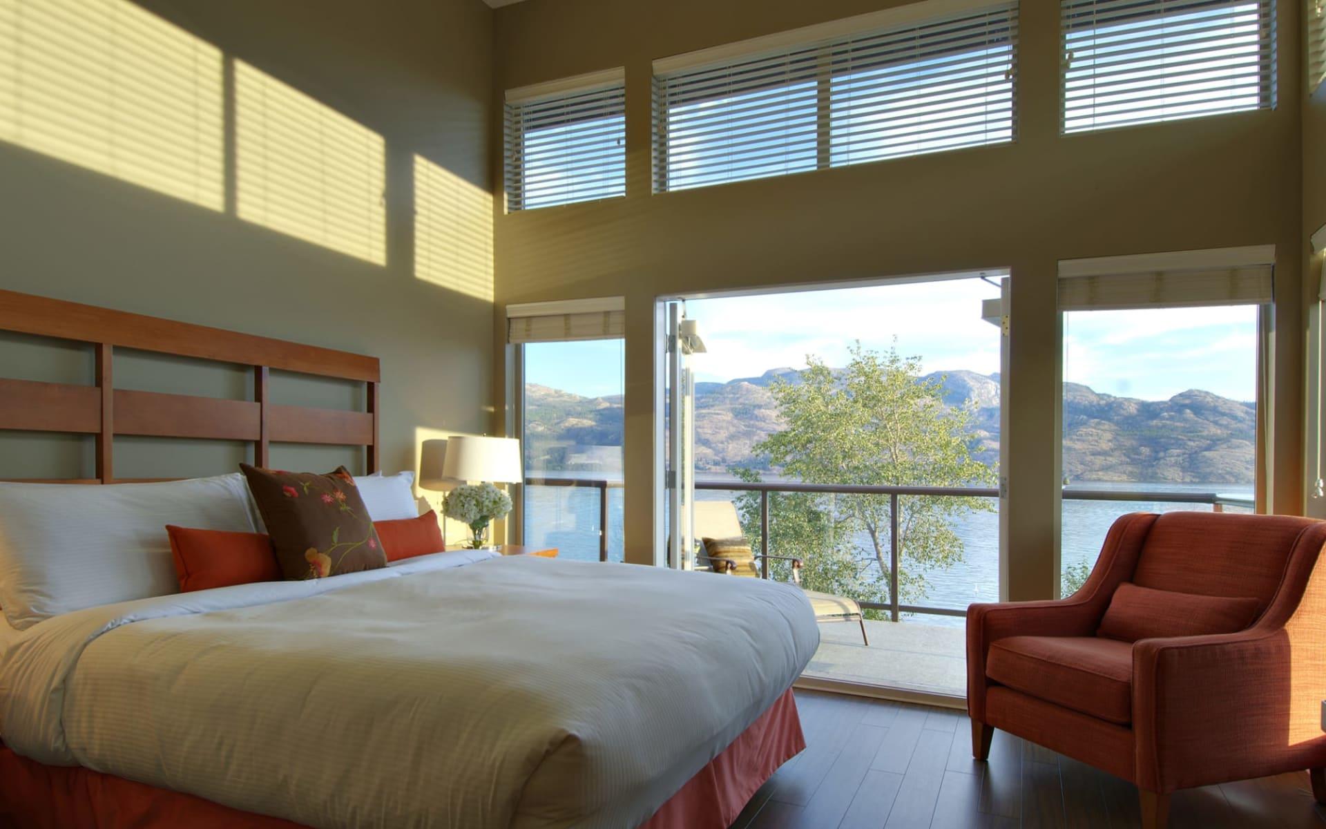 The Cove Lakeside Resort in Kelowna:  YWBCB_room_003