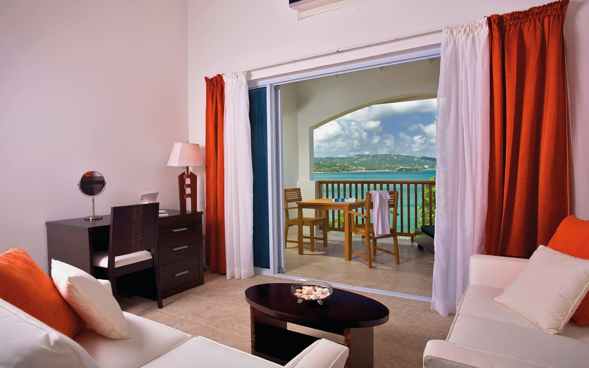 Calabash Cove Resort and Spa in Marisule:  Zimmer Calabash Cove St. Lucia - Oceanview Juniorsuite cHotel