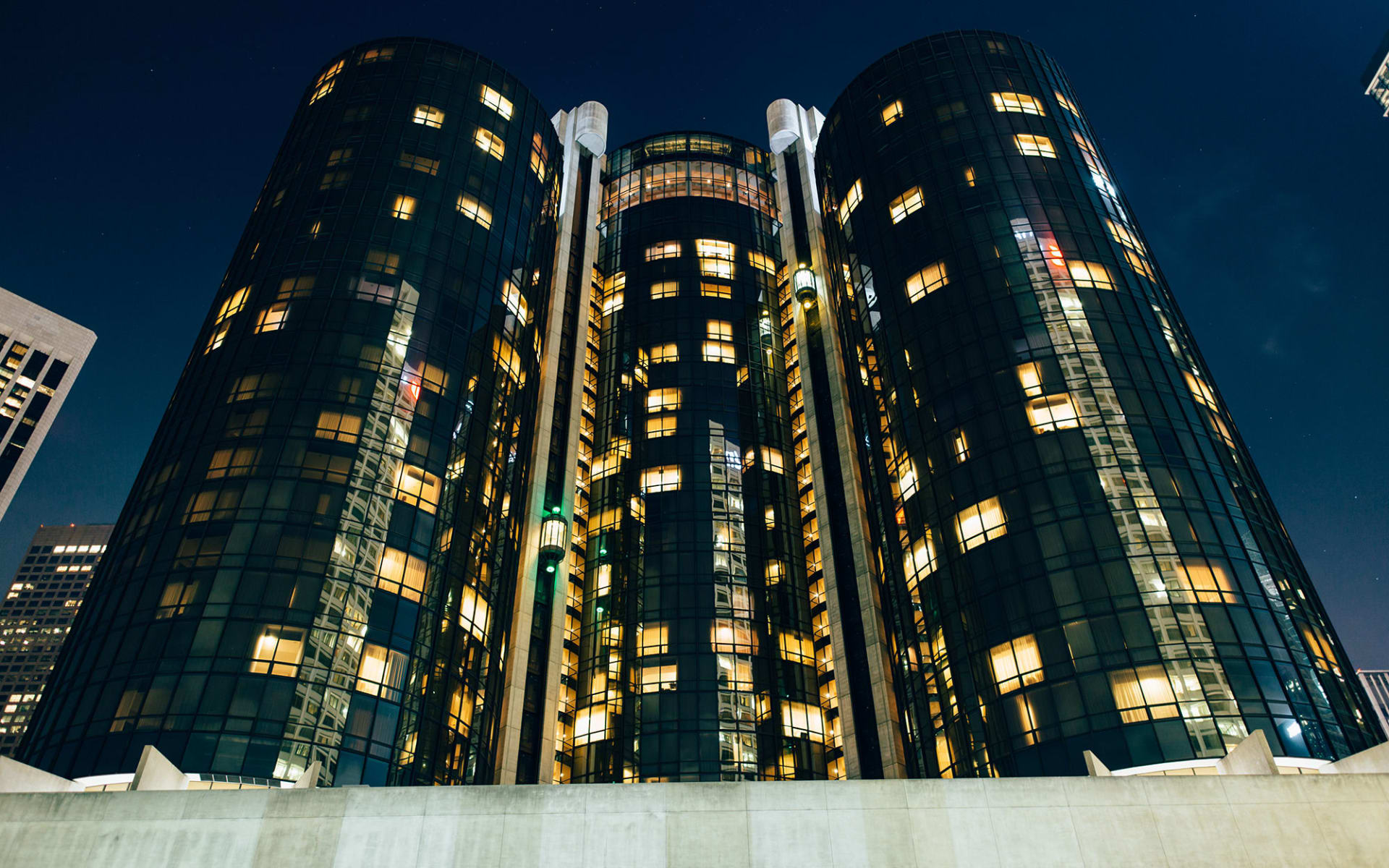 The Westin Bonaventure Hotel & Suites Los Angeles: shutterstock_1013542864.jpg_WEB