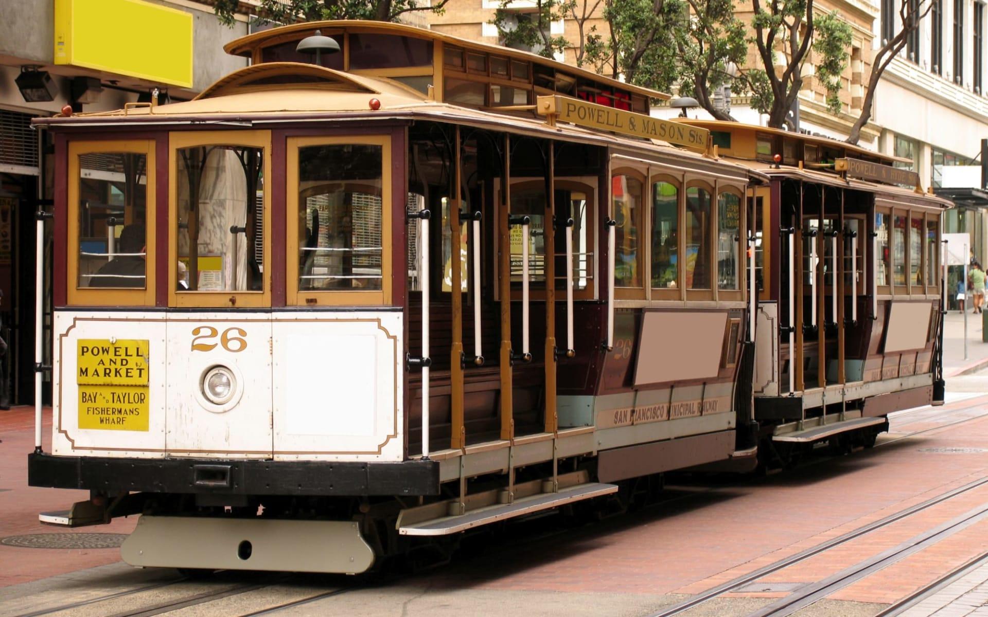 Kensington Park in San Francisco: shutterstock_539222_sanfran8