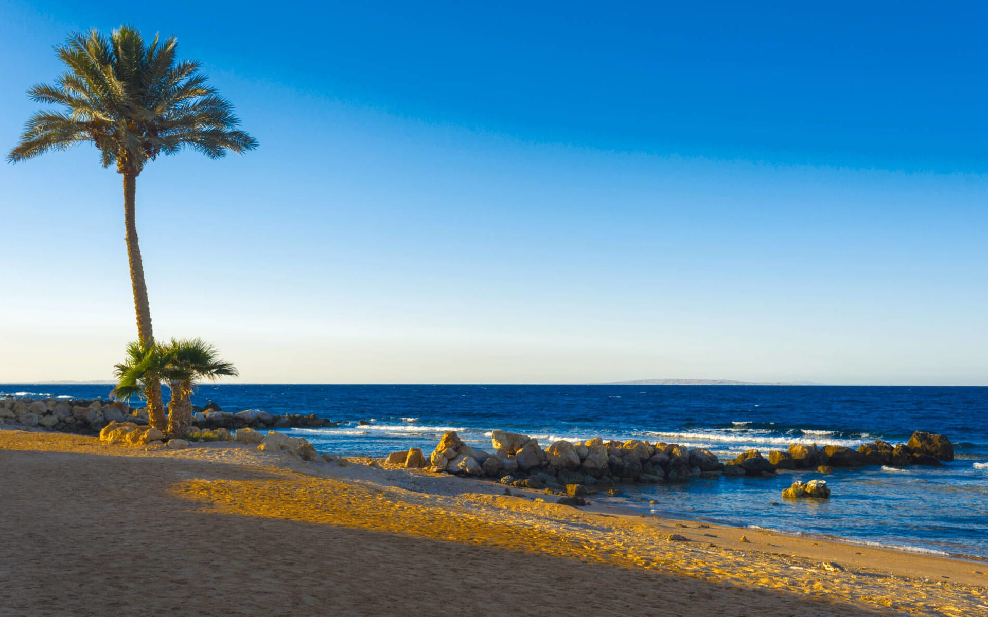 Badeferien im The Oberoi Beach Resort ab Hurghada: Sonnenuntergang Sahl Hasheesh