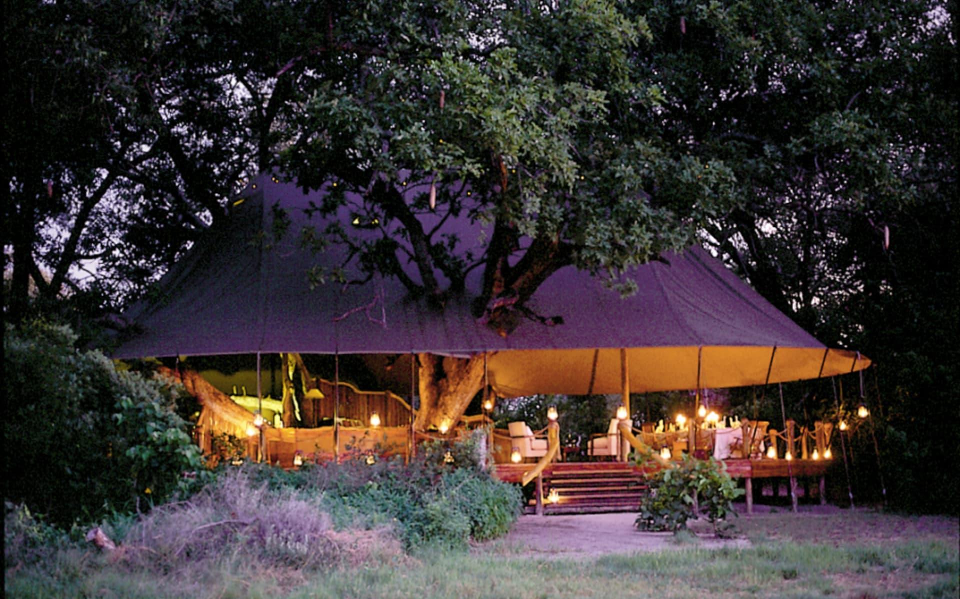 Sanctuary Stanley's Camp in Okavango Delta: Stanley's at night 1a