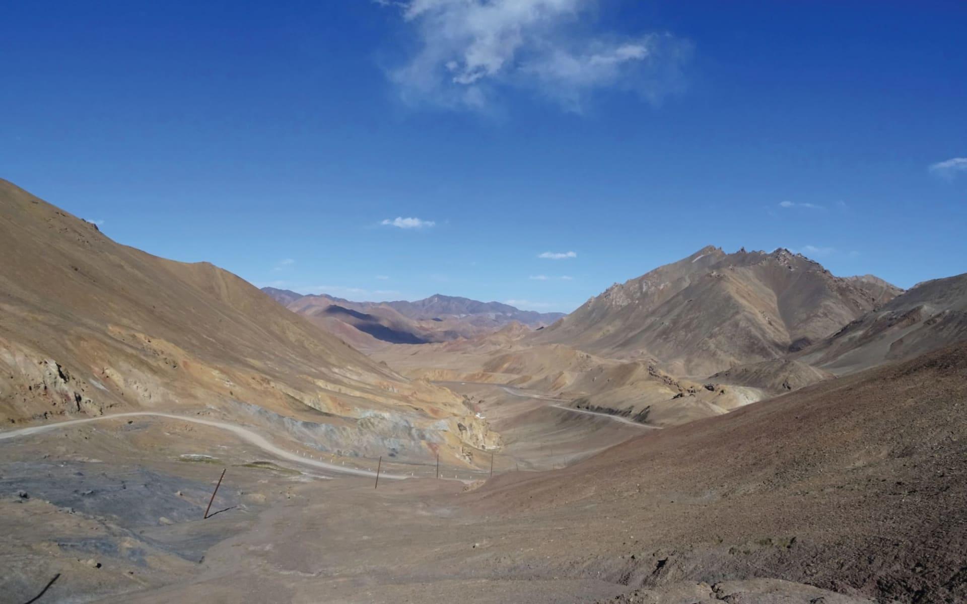 Abenteuer Pamir-Highway und Wakhan-Tal ab Duschanbe: Tajikistan_Pass_Sonja