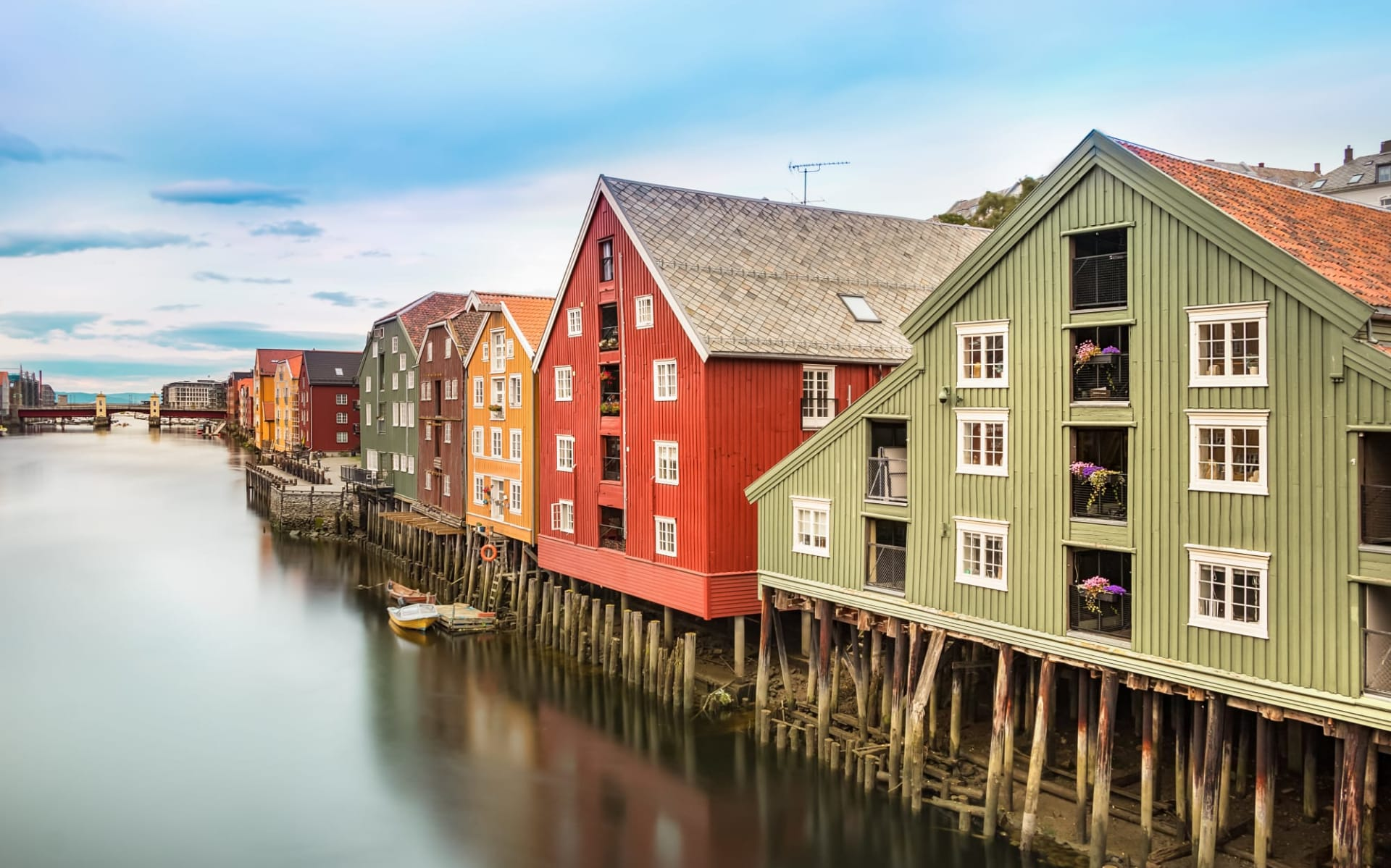 Scandic Nidelven in Trondheim: The old city of Trondheim with their colorful houses and the Nidelva River, Norway