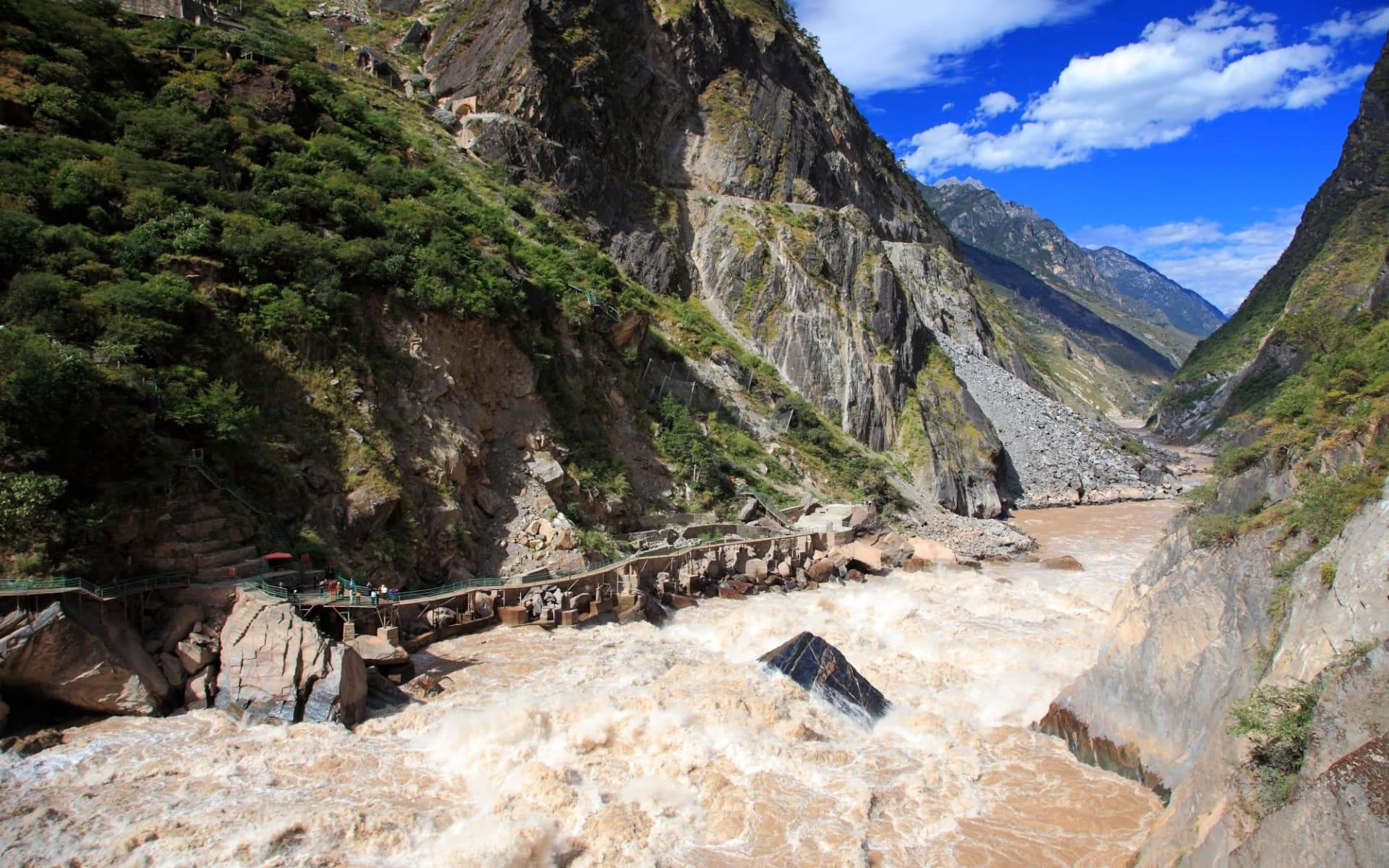 Yunnan aktiv erleben ab Kunming: Tiger Leaping Gorge