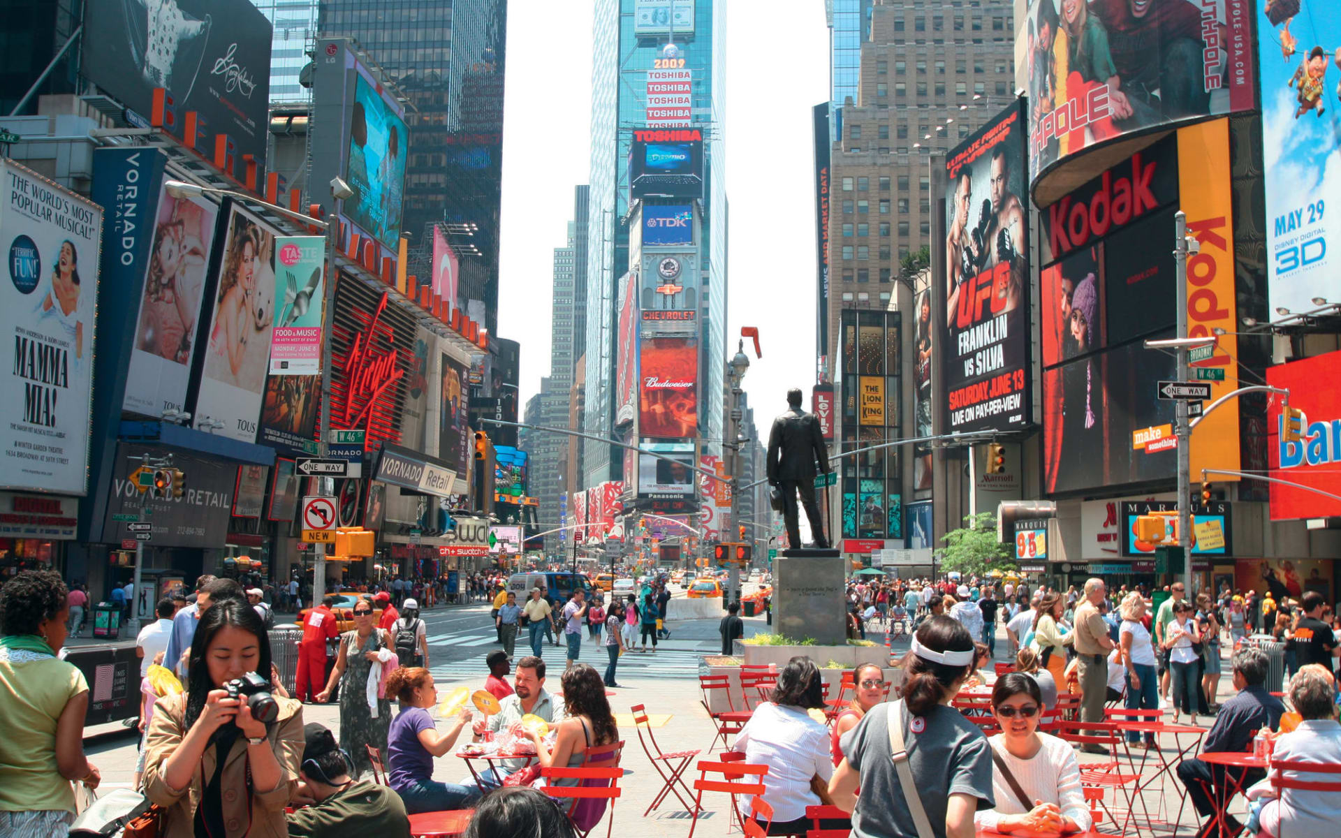 AKA Apartments Times Square in New York - Manhattan: USA - New York - Times Square