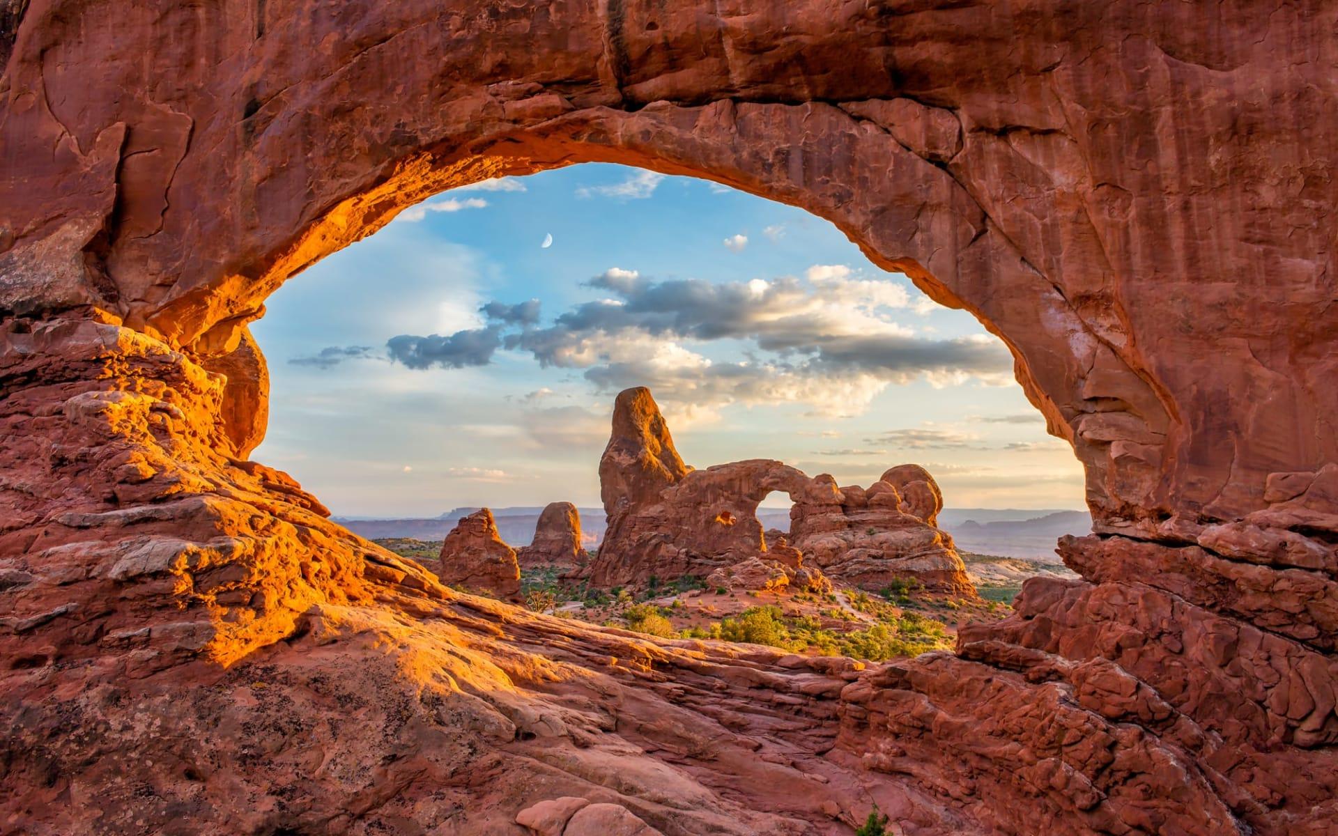 Nationalparks Explorer Extended ab Las Vegas: USA - Utah - Arches Nationalpark North Window