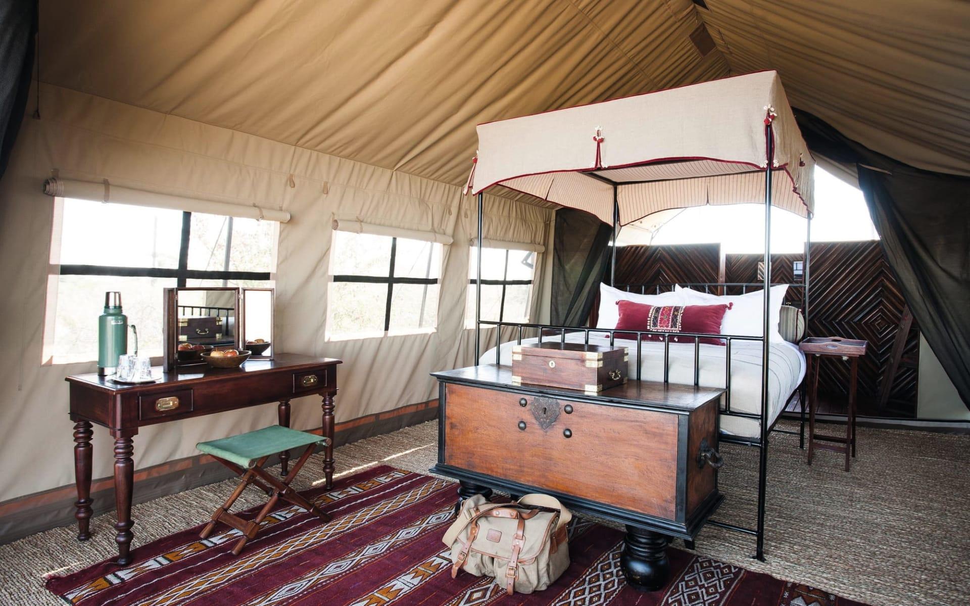 Camp Kalahari in Makgadikgadi Pans: Zimmer Camp Kalahari Standard