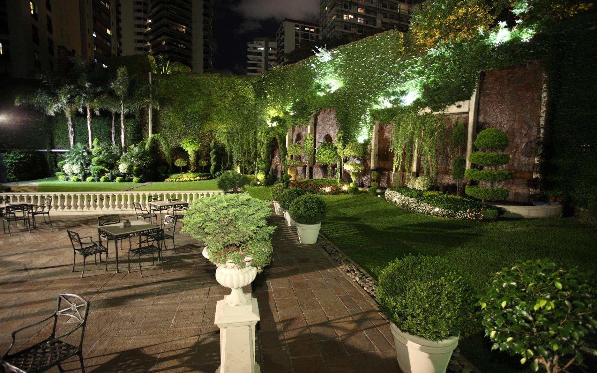 Emperador in Buenos Aires: zimmer Hotel Emperador Schlafzimmer mit Tisch und Tee