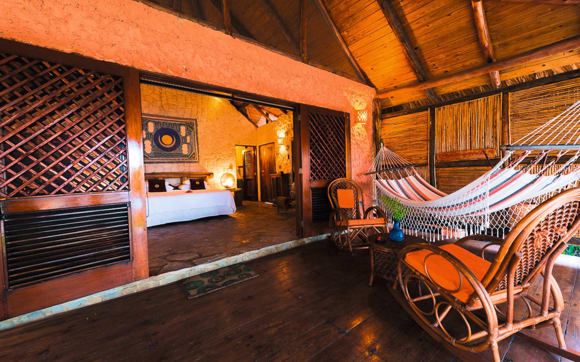 Natura Cabaña in Cabarete: Zimmer Hotel Natura Cabana - One Bed Bungalow King Terrace Hammock c Latinconnect