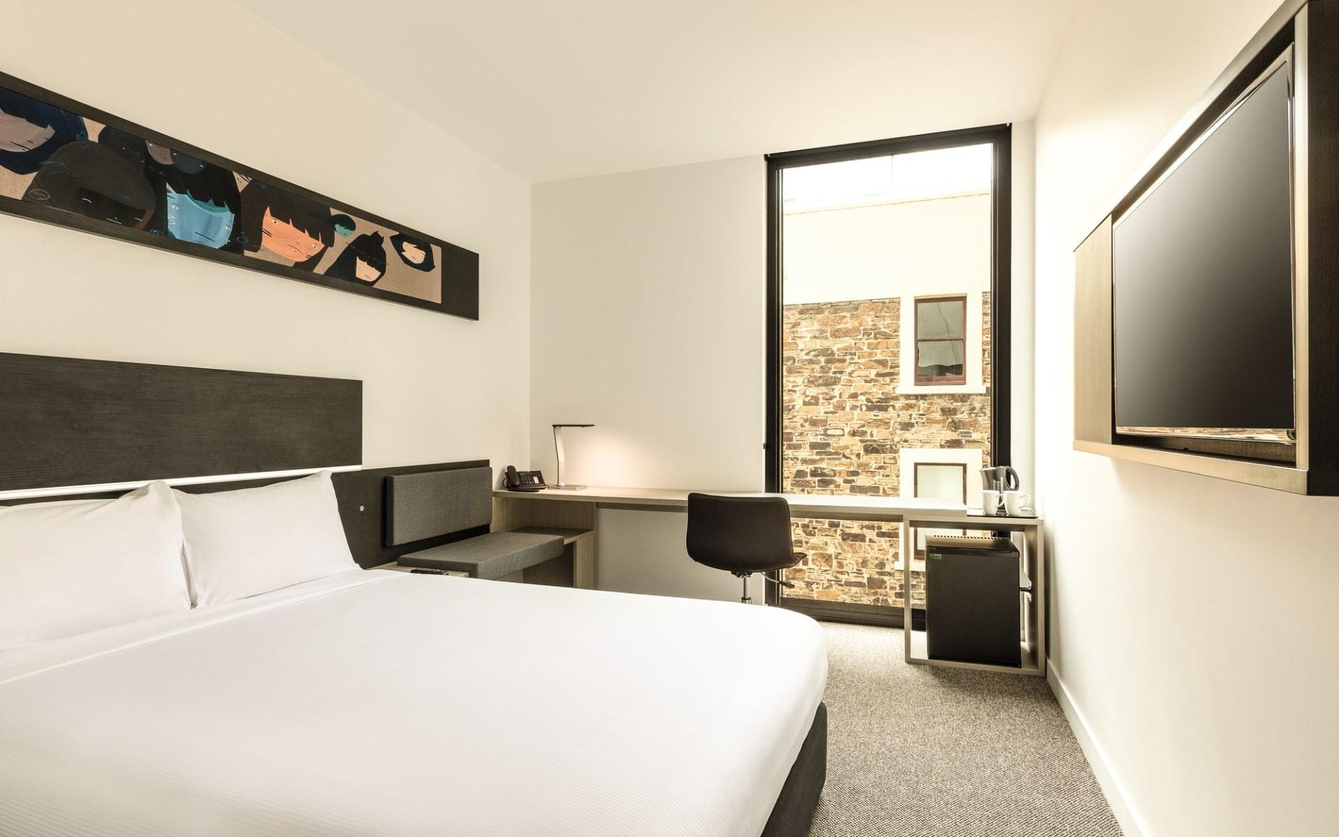 Ibis Adelaide Hotel: Zimmer Ibis Adelaide South Australia Australien  Standard Zimmer 2017
