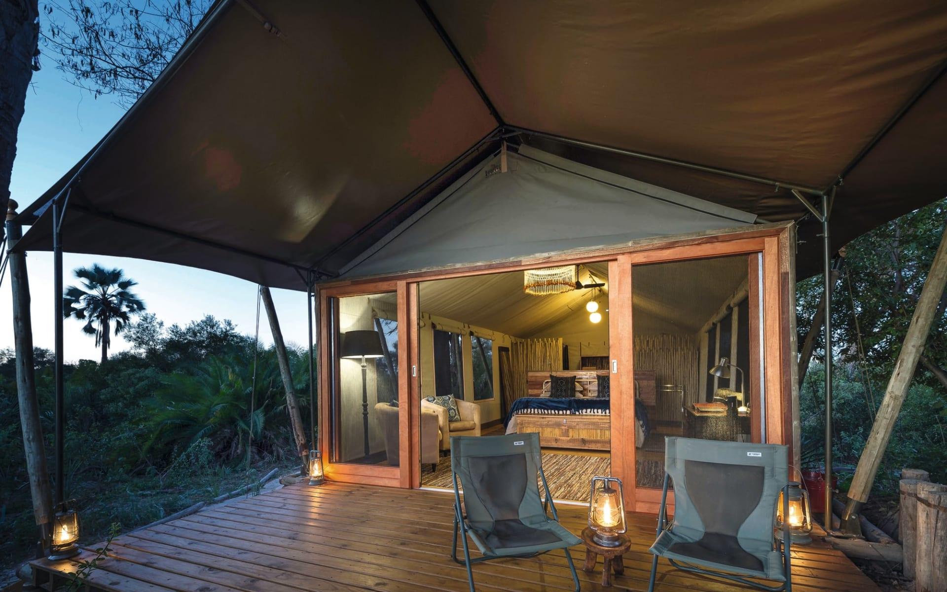 Pelo Camp in Okavango Delta: Zimmer Pelo Camp Blick ins Zelt
