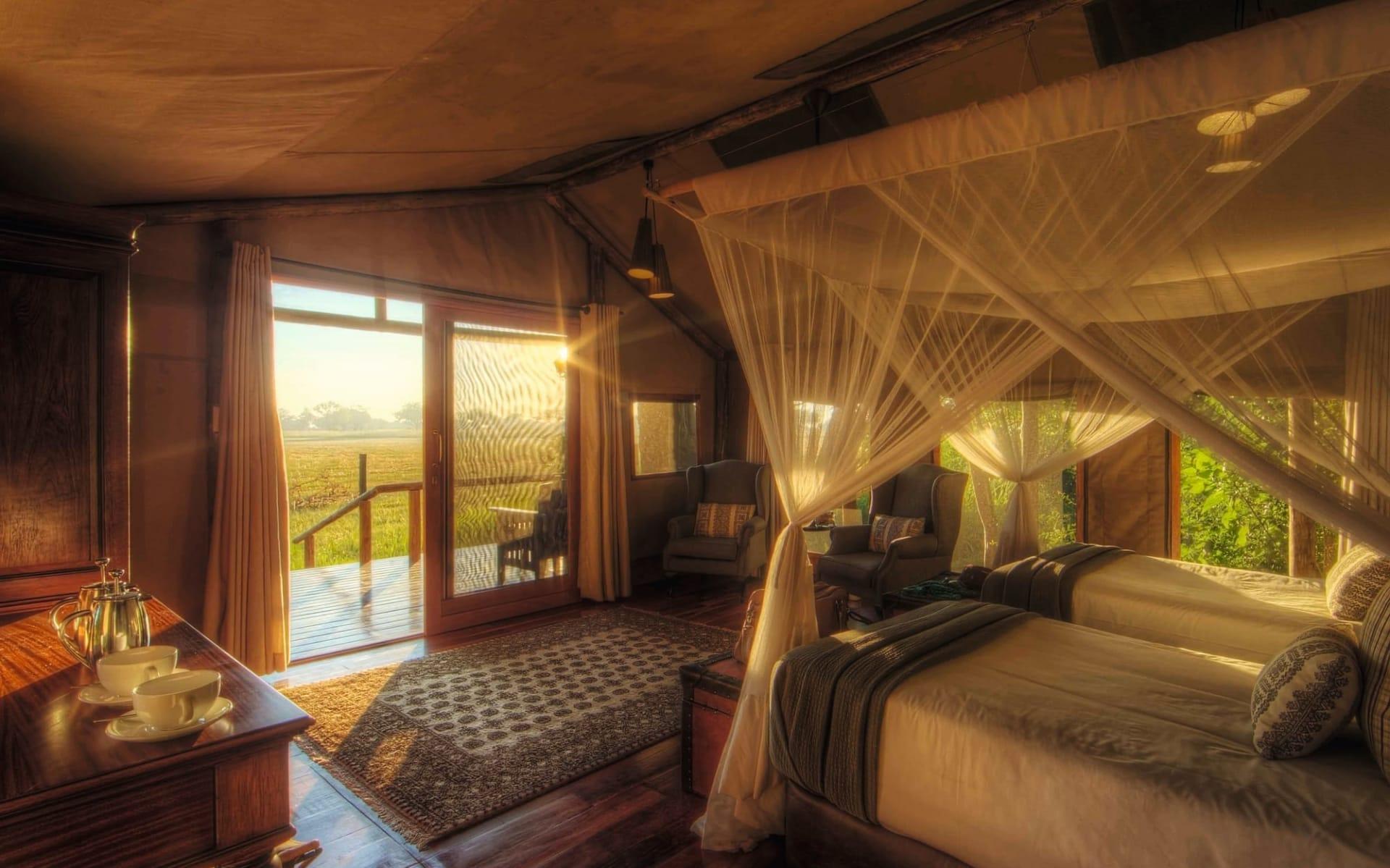 Shinde in Okavango Delta: zimmer Shinde - Zimmer mit Aussicht c Ker&Downey