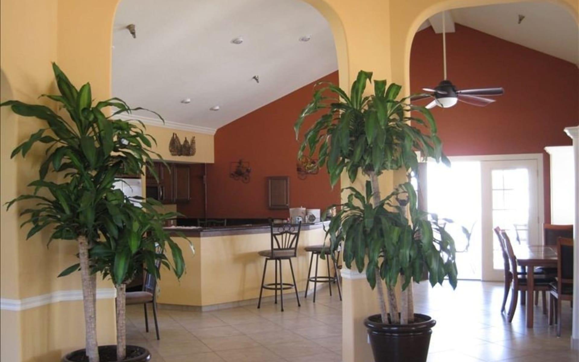 Shorewalk Villas Resort in Bradenton Beach: Zimmer_Shorewalk Villas Resort_Clubhouse Interior_ATI