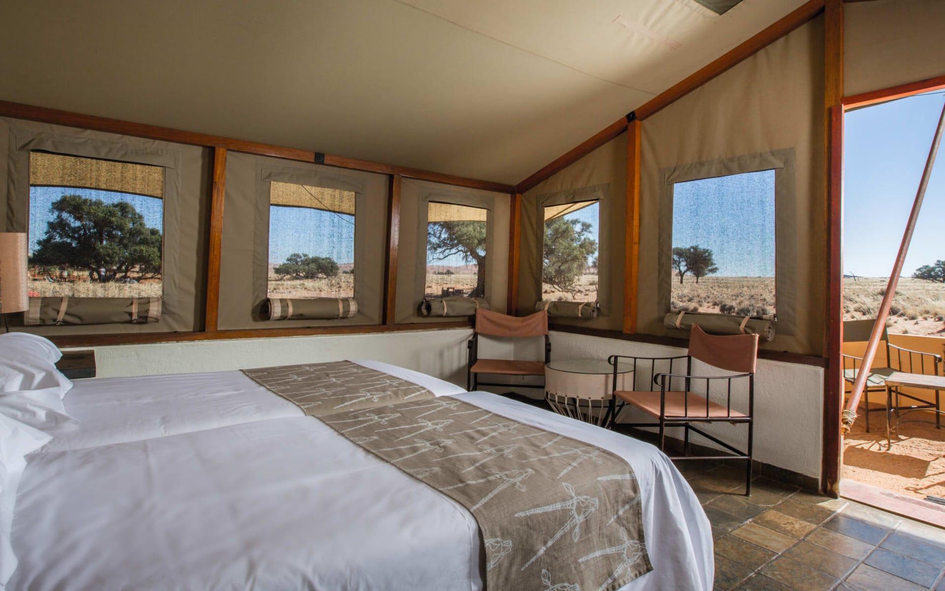 Sossusvlei Lodge in Sesriem: Zimmer Sossusvlei Lodge Queenbed