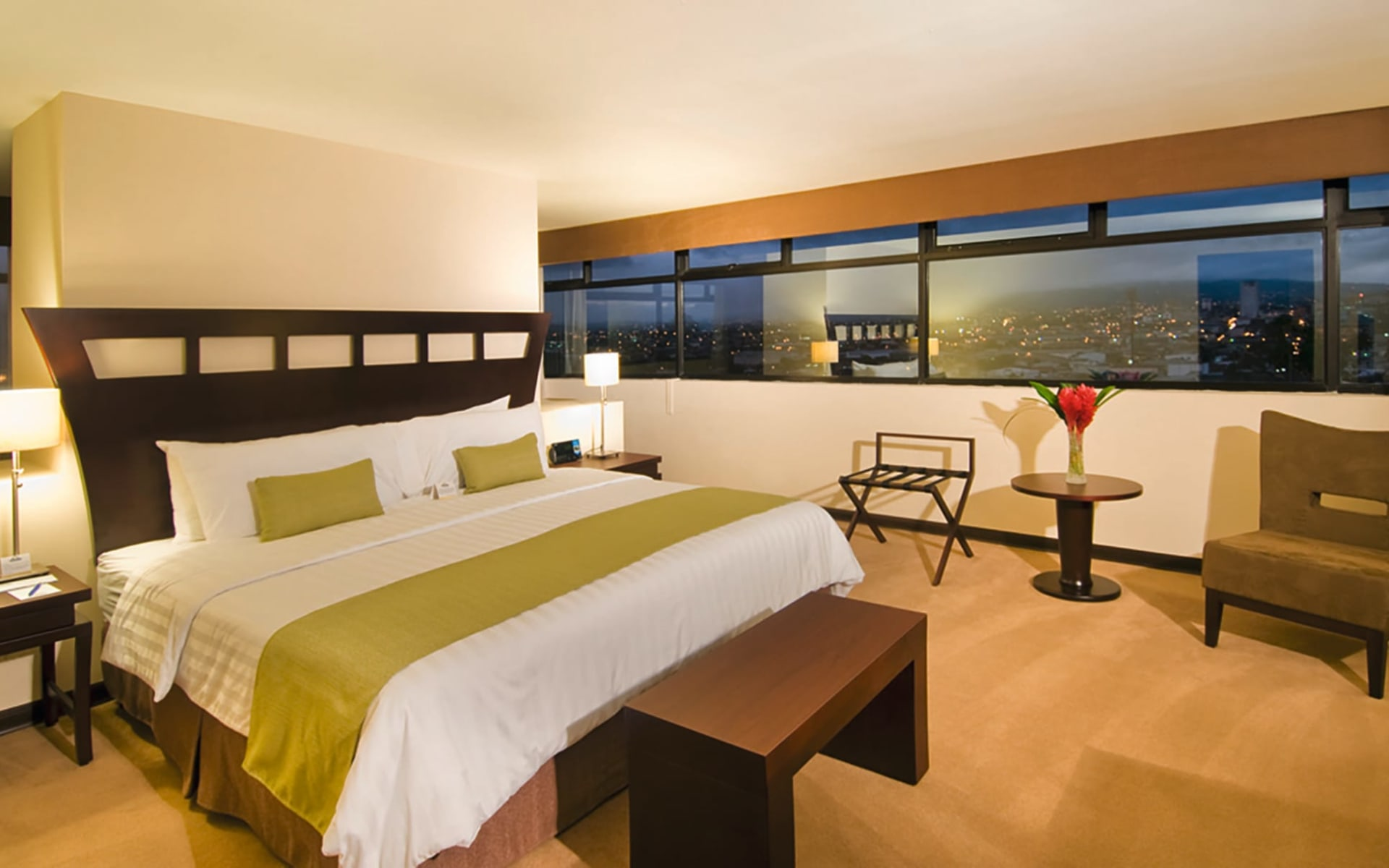 Tryp San Jose La Sabana in San José City: Zimmer Tryp San Jose La Sabana - Premium King1
