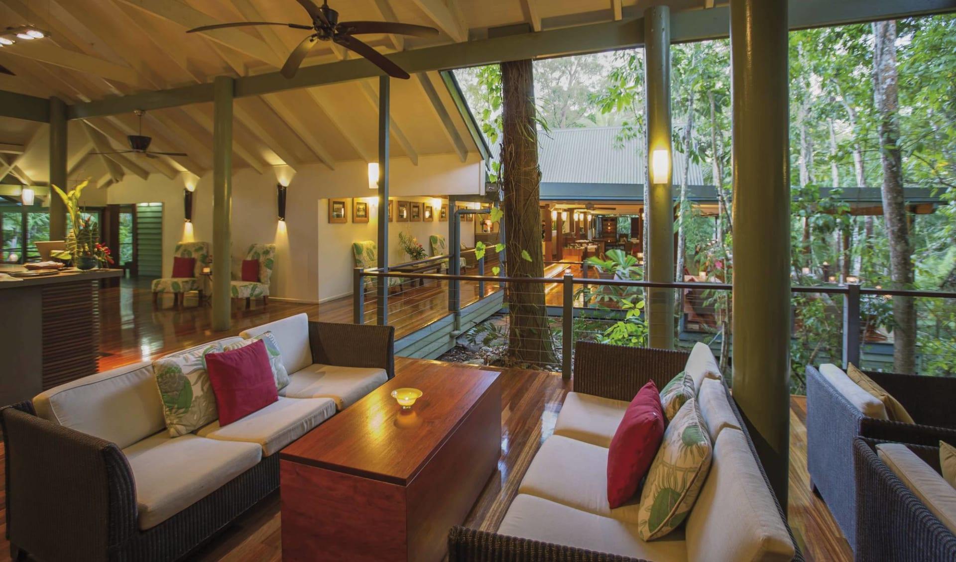 Silky Oaks Lodge in Mossman: 14_140_001_SilkyOaksLodge_lounge view