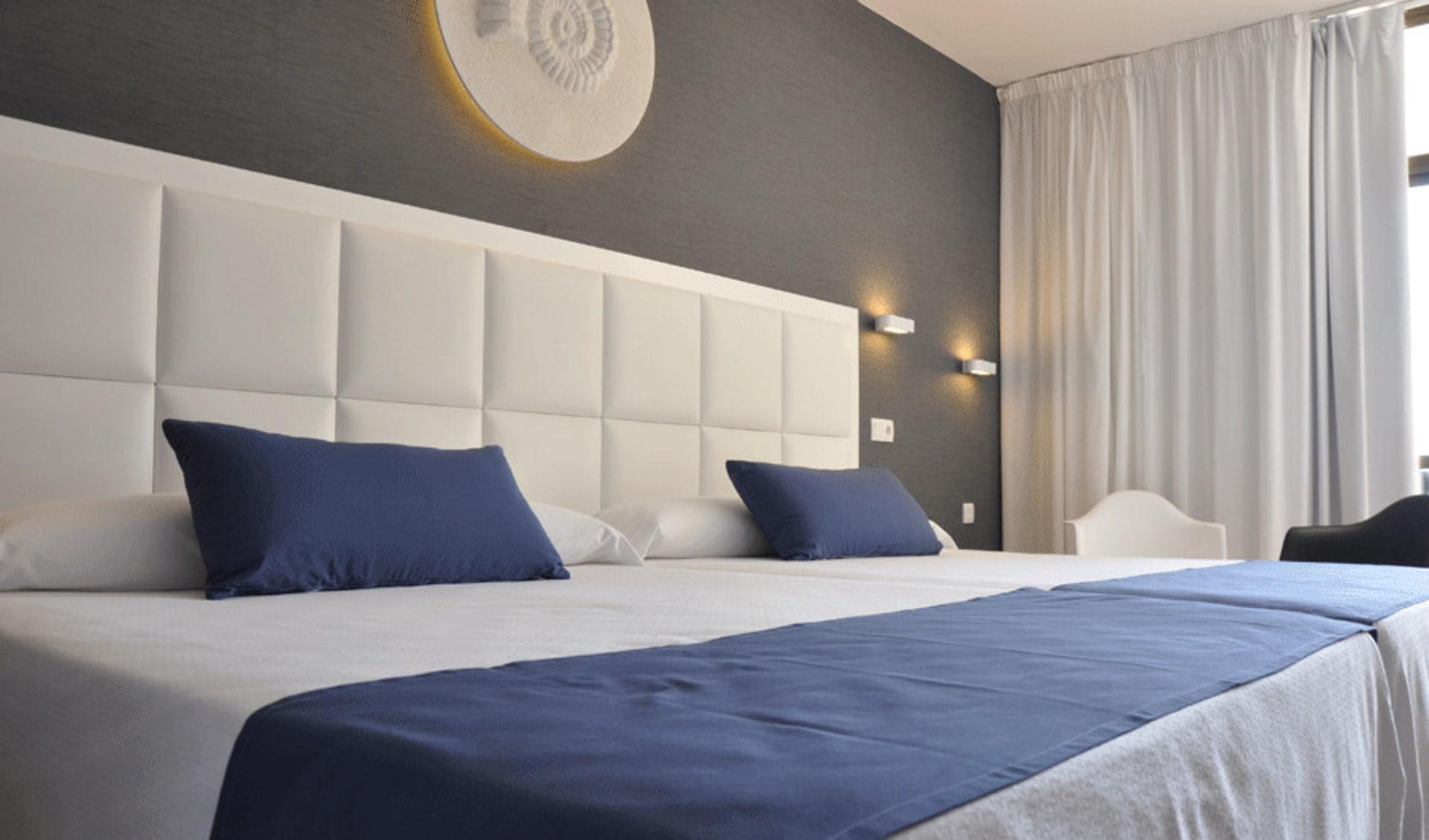 Lloret de Mar - Hotel Olympic Park ab Costa Brava: A4_Room