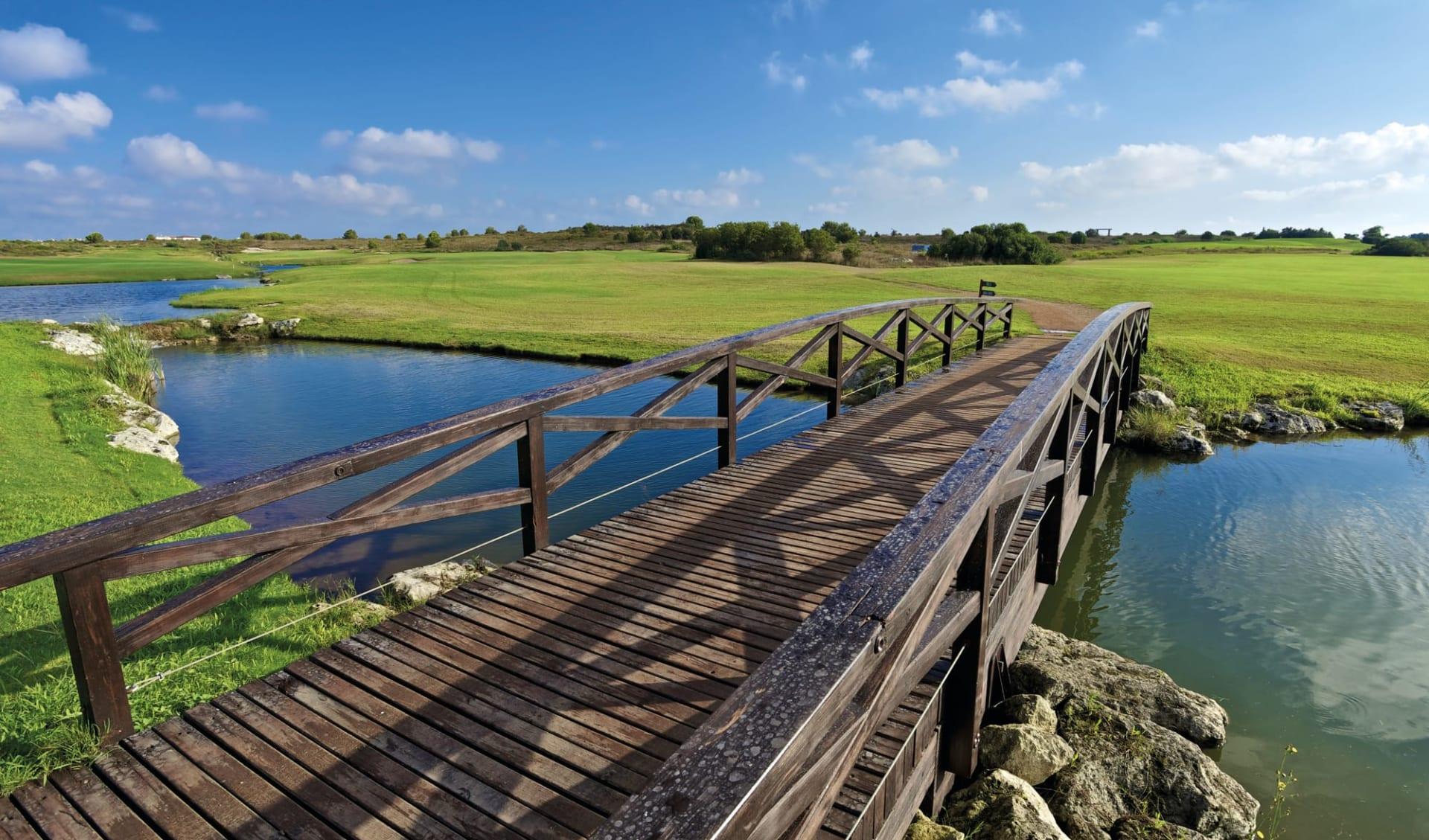 17.04. - 24.04.2022 Golf & Kultur in Apulien ab Brindisi: Acaya-Golf-Resort_Golf_Bridge_IAGTO