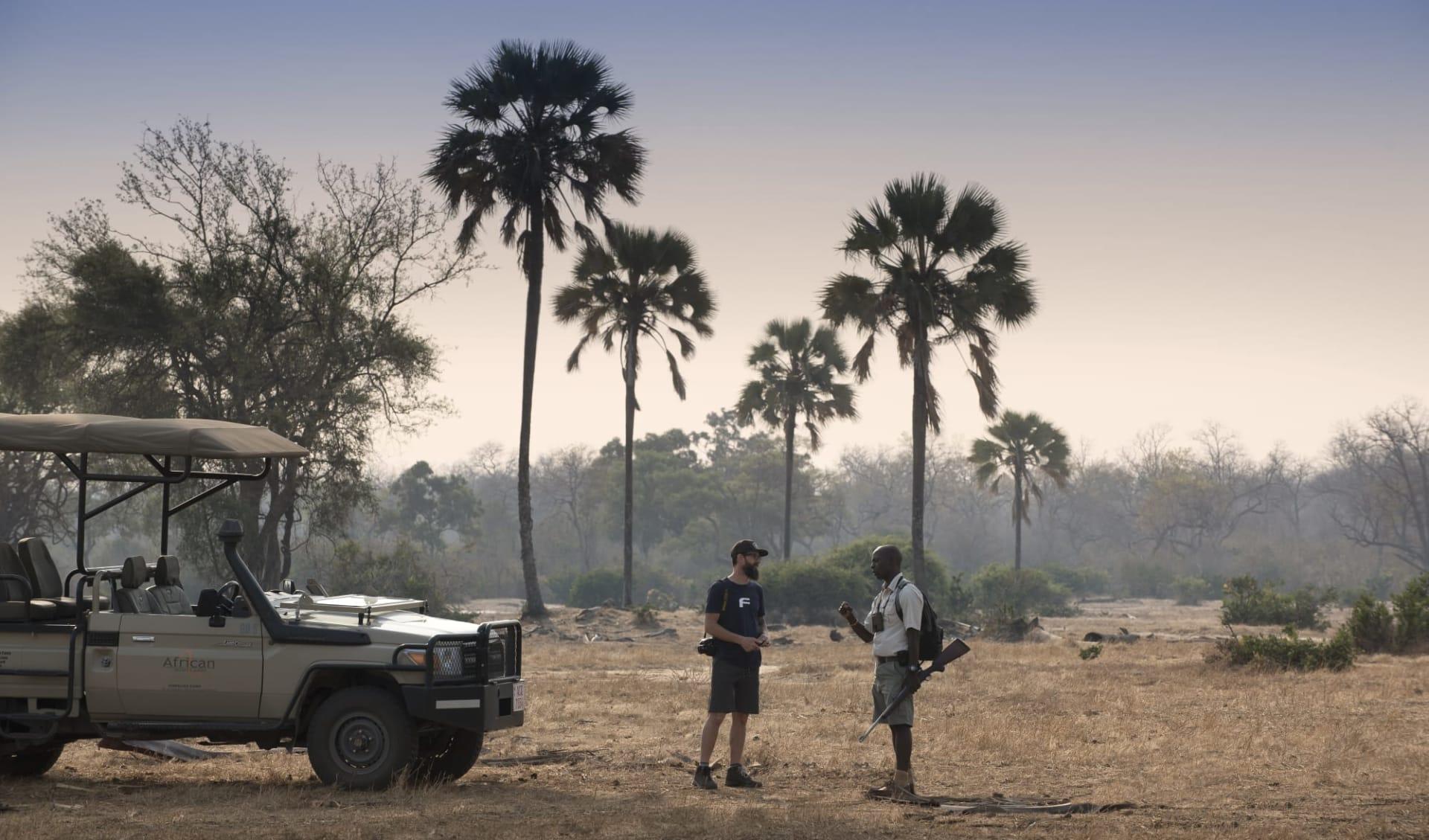 Zimbabwe Highlight Safari ab Victoria Falls: activities: 3._kanga_camp_snack_stop_
