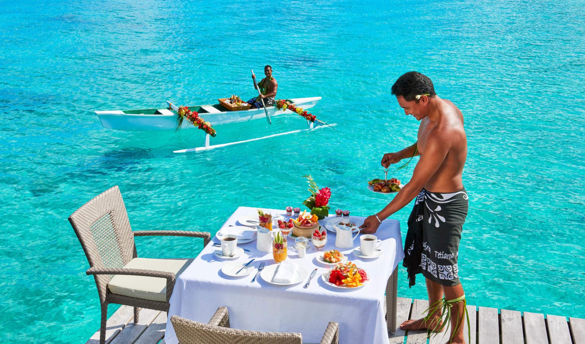 Conrad Bora Bora Nui:  BOB Conrad Bora Bora Nui - F&B - Canoe Breakfast