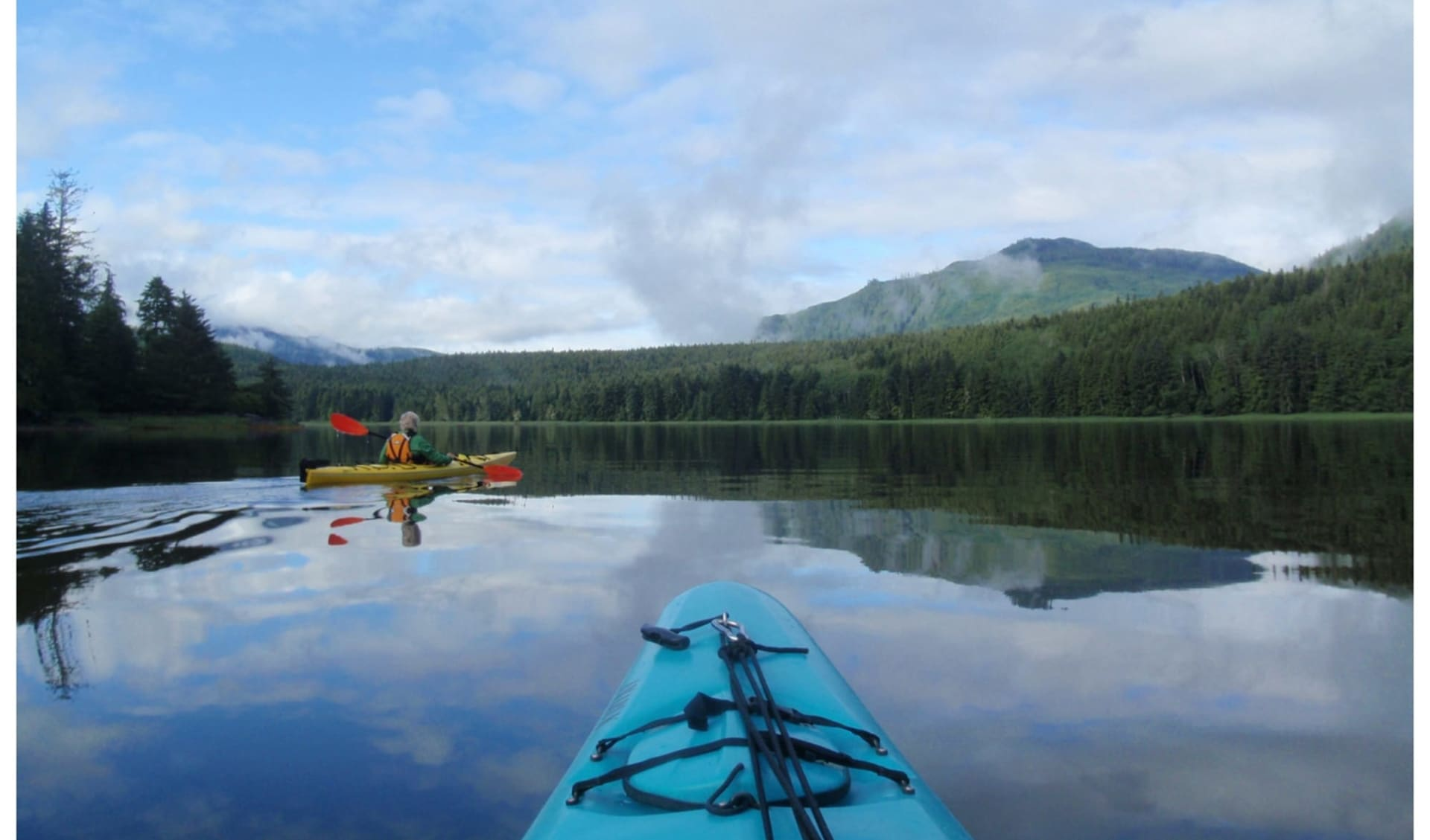 Bärenbeobachtung Knight Inlet Lodge 4 Tage ab Campbell River: activities: Knight Inlet Lodge - Kayaking