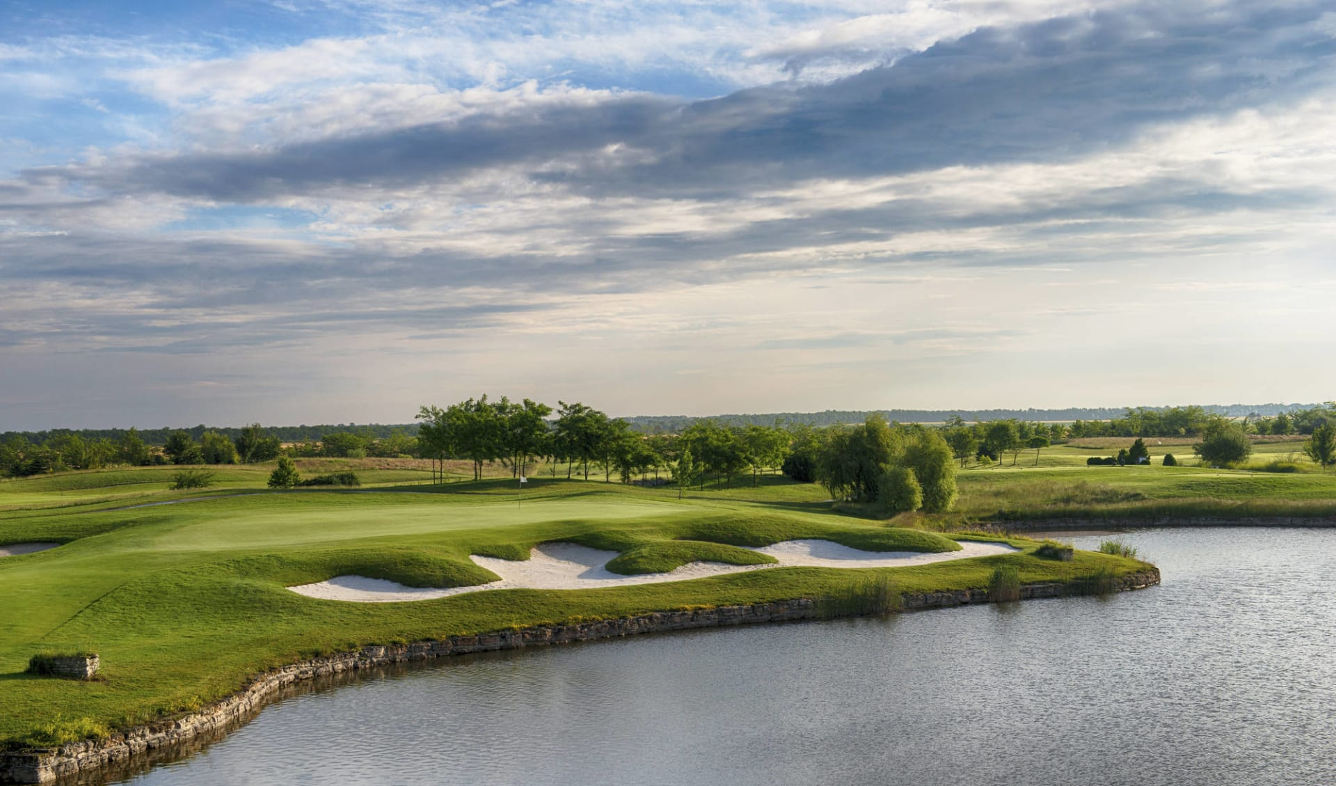 03.07. - 10.07.2022 Golf Plauschwoche in Bulgarien ab Varna: activities: lighthouse 16 high