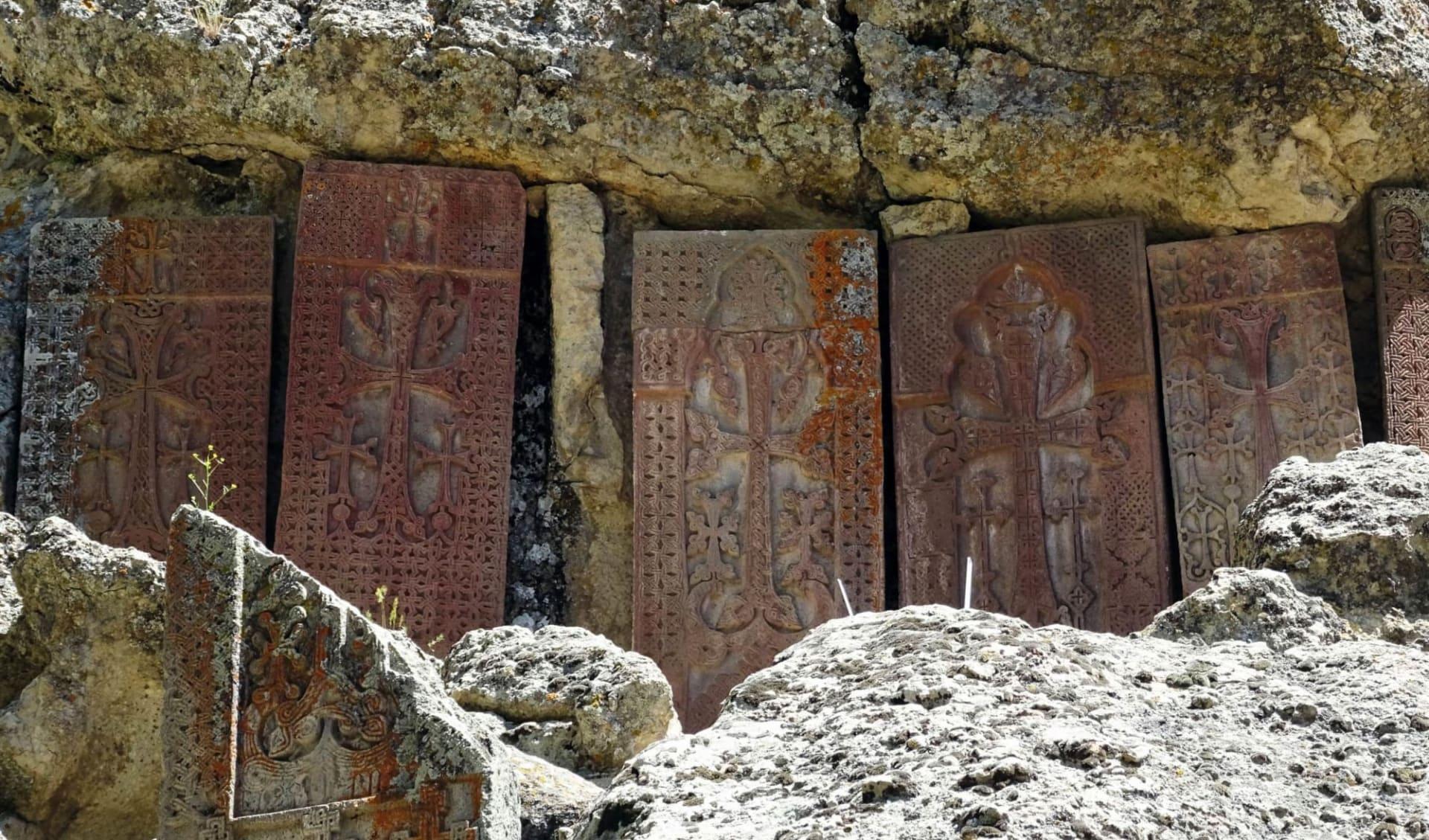 Golden Eagle, Luxuriös im Kaukasus und in Zentralasien unterwegs ab Yerewan: Armenien_Geghard1_Sonja