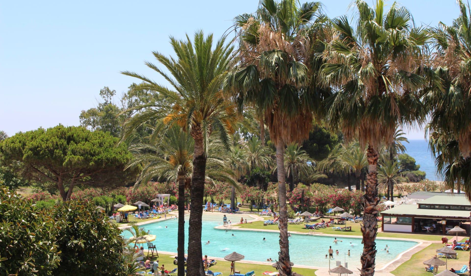 09.10. - 16.10.2021 Padel-Tennis Herbstferien ab Malaga: Atalaya - Pool