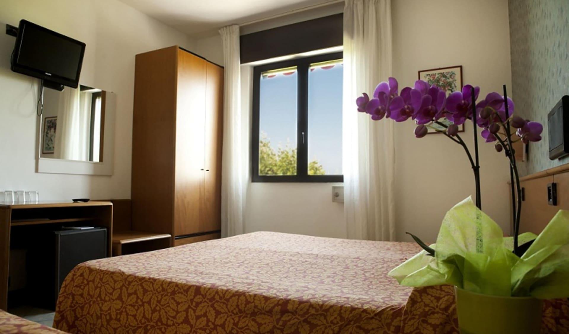 Gardasee - Hotel Europa: Aurora Zimmer 2