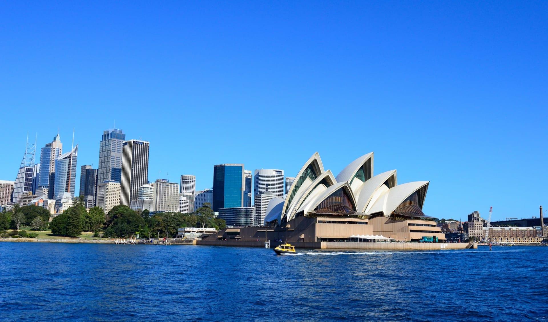Pacific Coast Touring Route ab Sydney: Australia - New South Wales - Sydney - City Skyline - Shutterstock Jason Ho